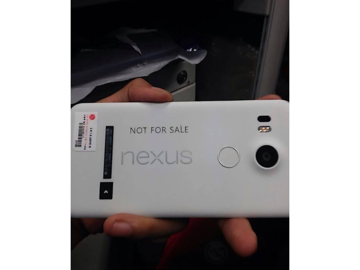 LG Nexus 5-Leak