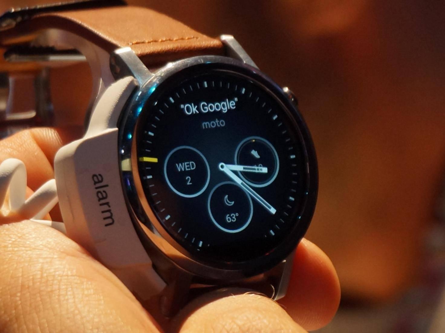 Gear S2 und Moto 360 (2015): Sind Smartwatches jetzt cool?