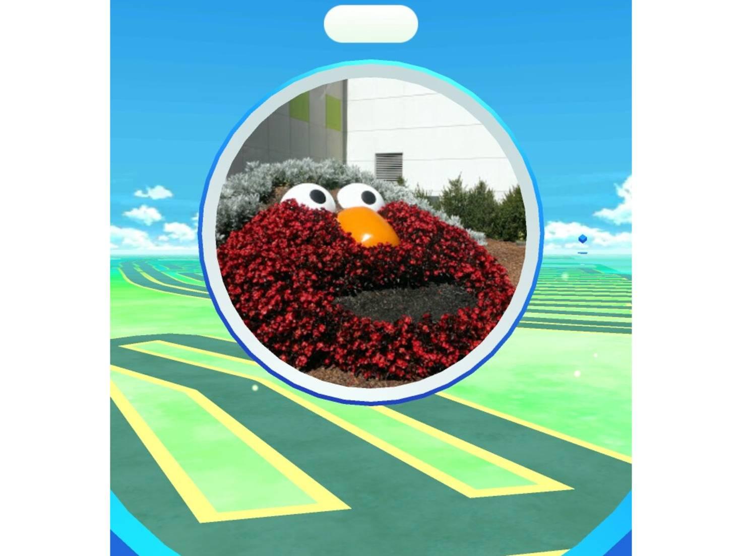 Pokestop_Pokémon_Elmo