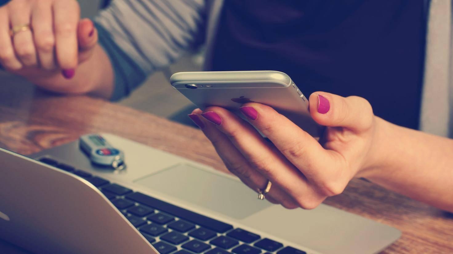 Ohne Smartphone kommt der Kopf besser zur Ruhe.