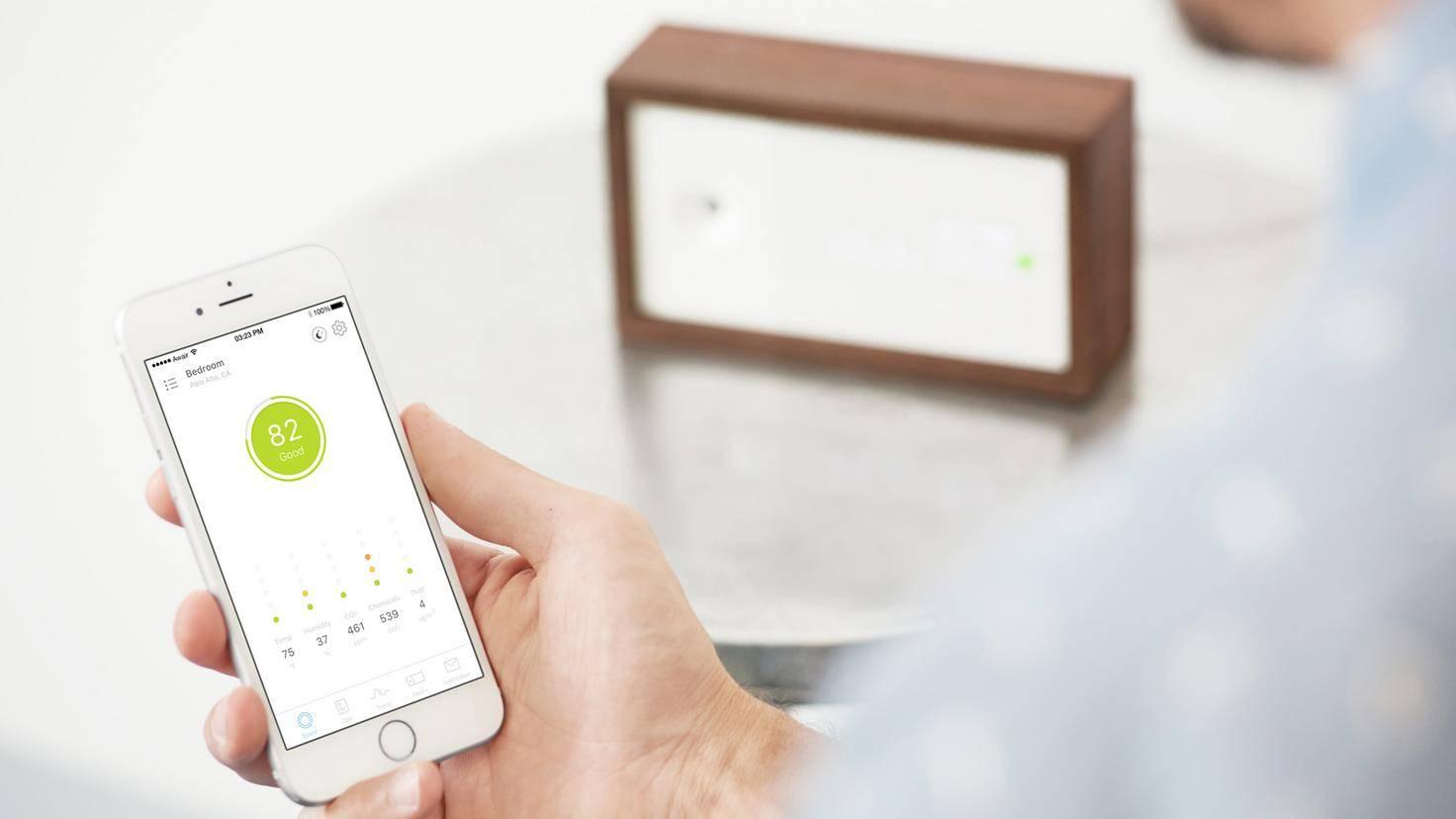 Luftqualität Messgerät Awair und App