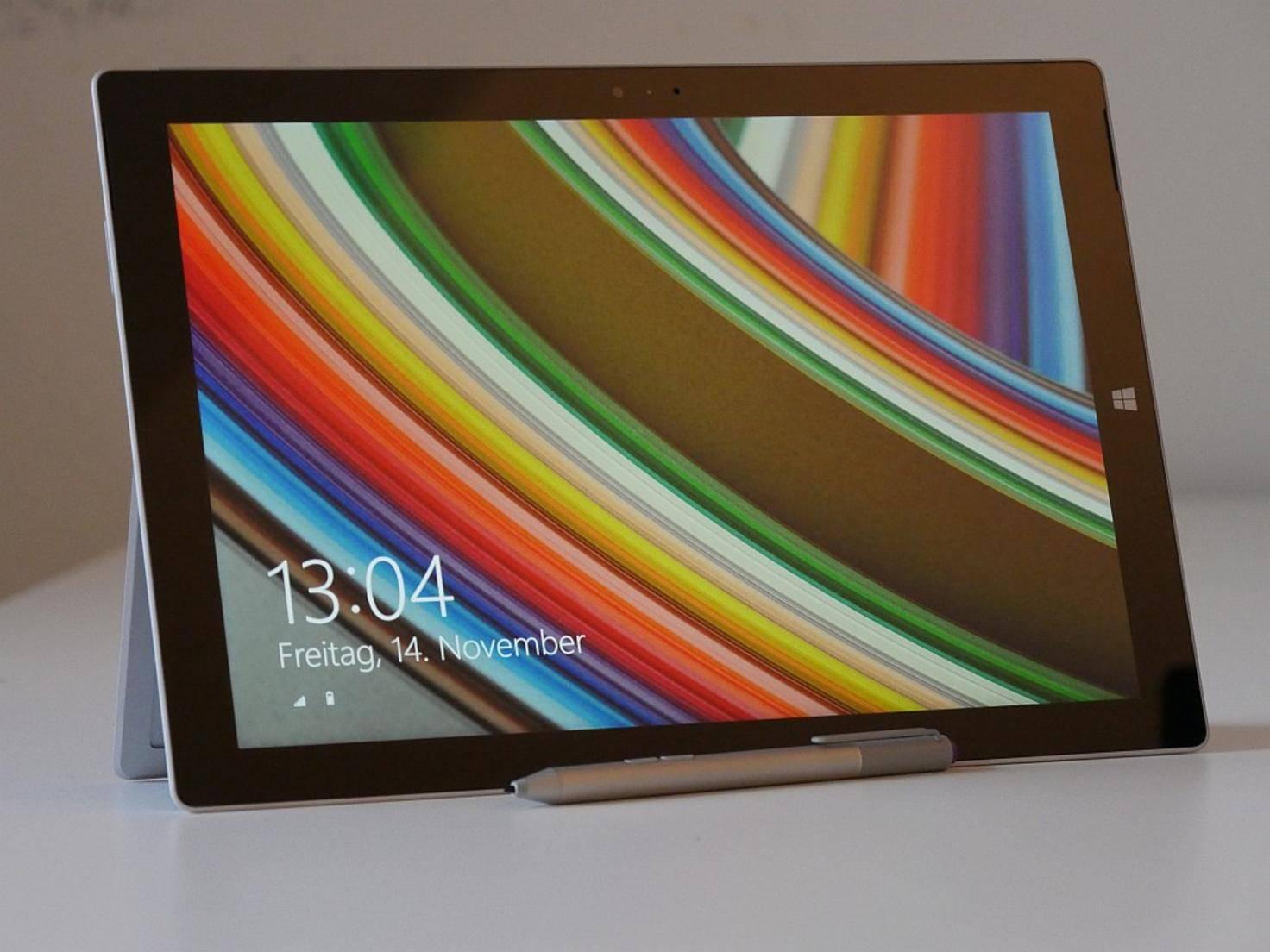 Mit 12 Zoll ist der Bildschirm des Tablets vergleichsweise groß.