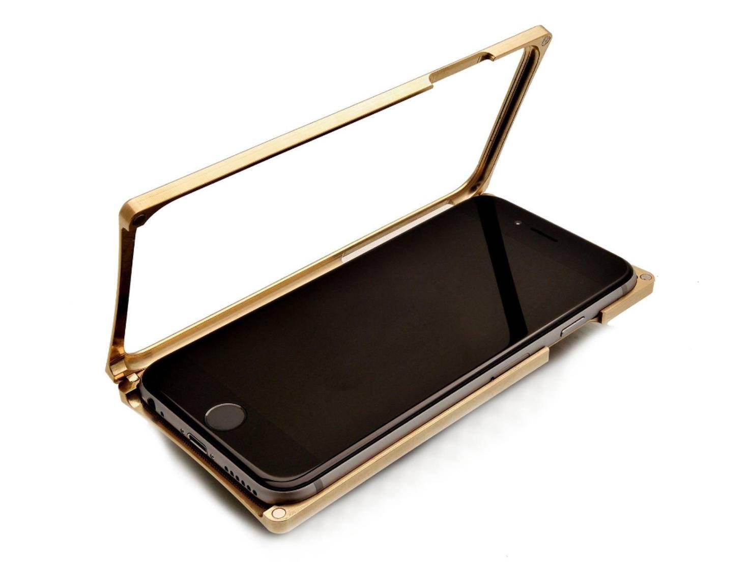 iPhone-Case von EXovault