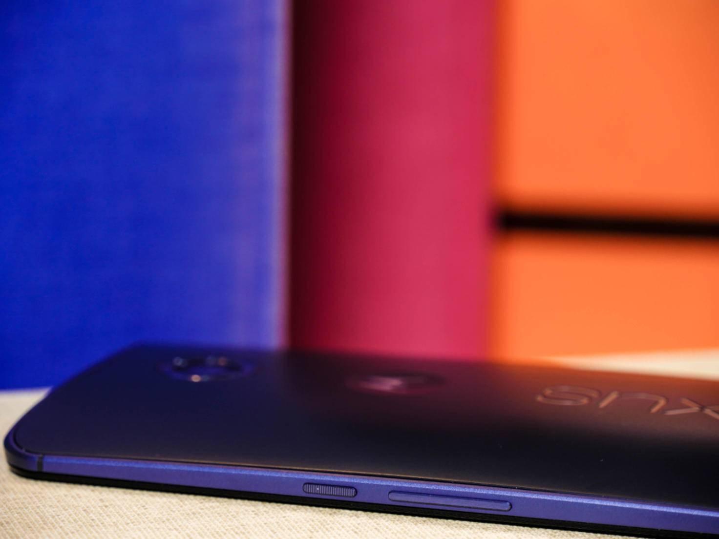 Einen Slot für Micro-SD-Karten sucht man beim Nexus 6 leider vergeblich.