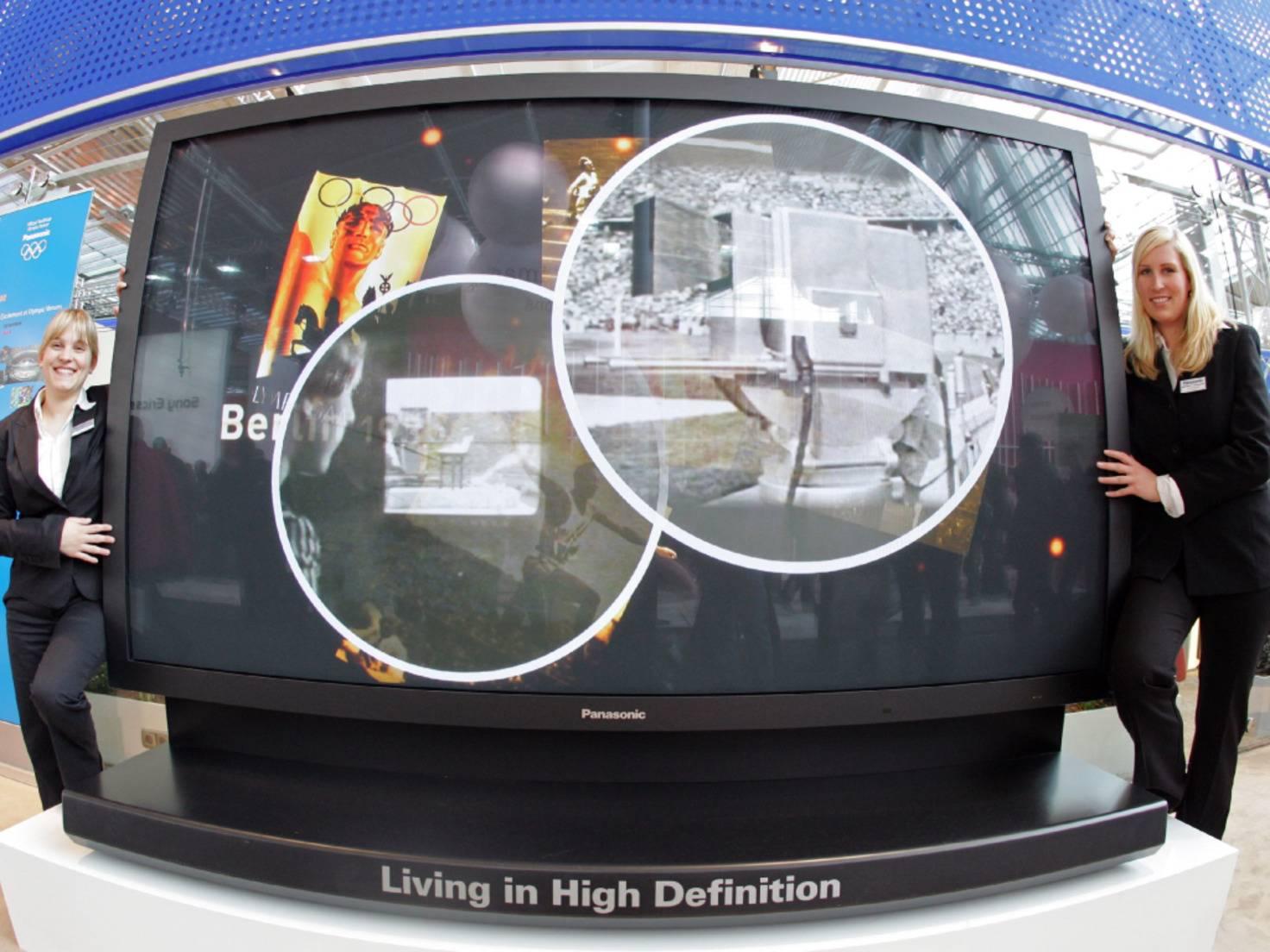 Der erst Riesen-TV, den es zu kaufen gab: der TH 103 PF10EK-S.