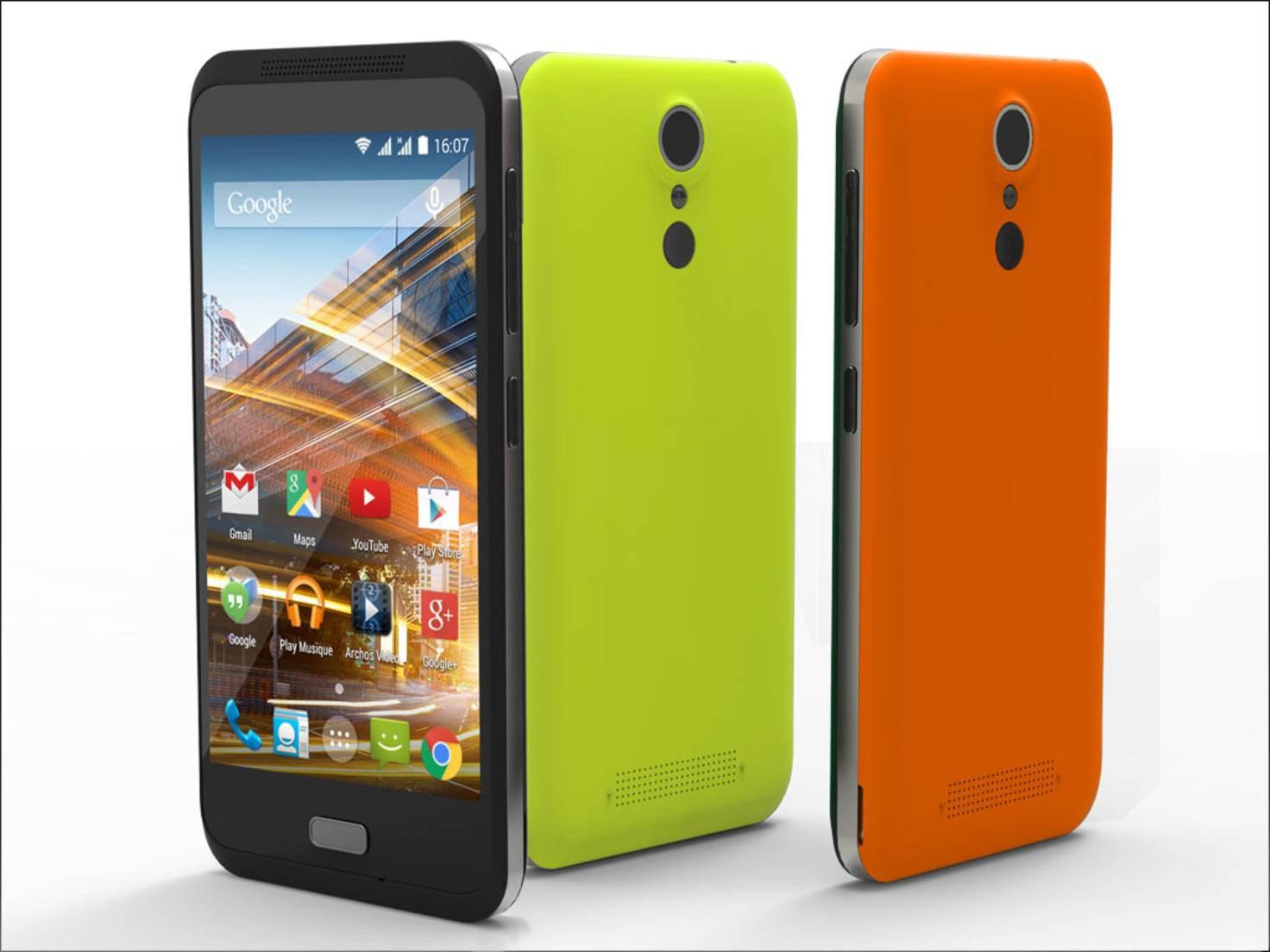 Das Archos 45 Neon kommt mit drei Wechselcovern und einem Selfie-Button auf der Rückseite.