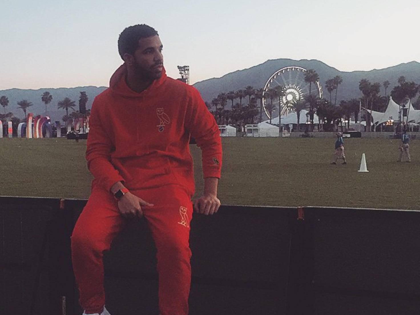 Drake mit Apple Watch
