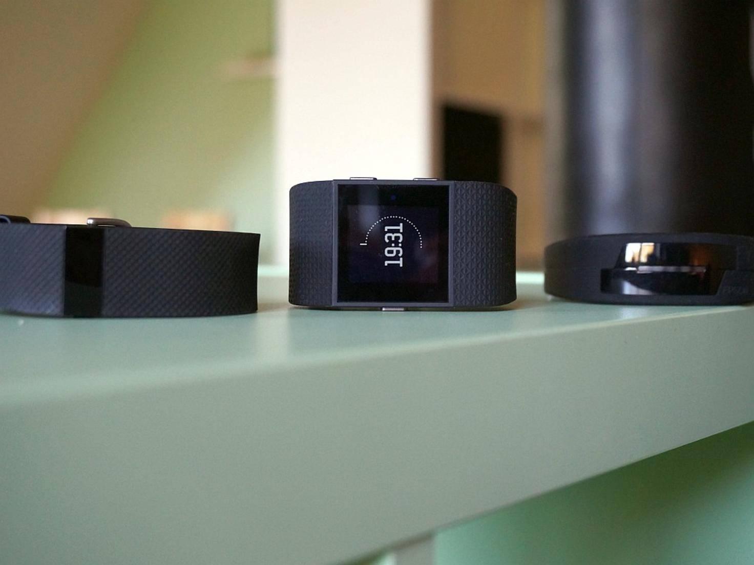Fitbit Surge, Charge HR und Epson Pulsense
