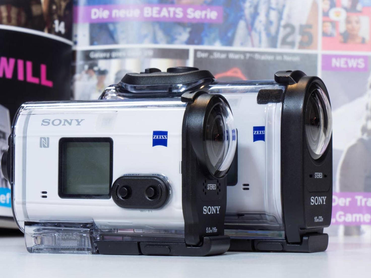 Gegen die Black Edition schickt Sony die größere X1000V ins Rennen.
