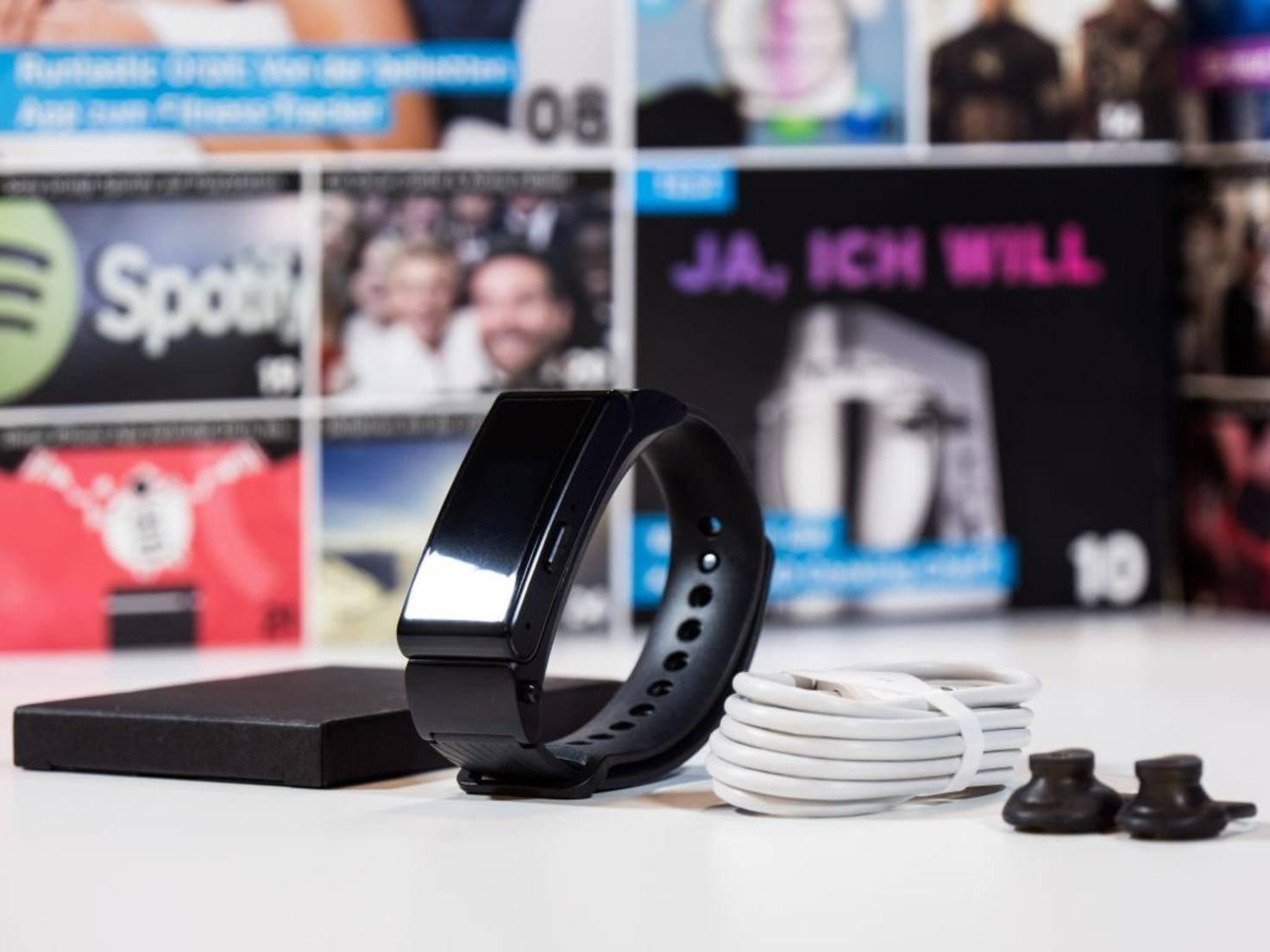 Huawei liefert drei unterschiedliche Ear-Plugs mit, ...