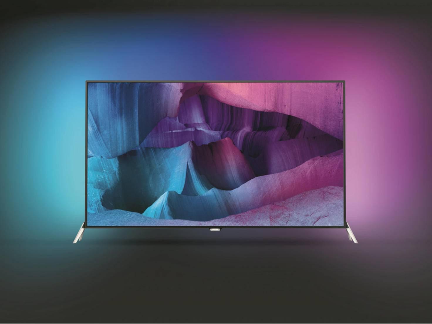 Der Philips Ambilight UHD-TV bringt alles mit, was ein Ultra HD-Fernseher benötigt.