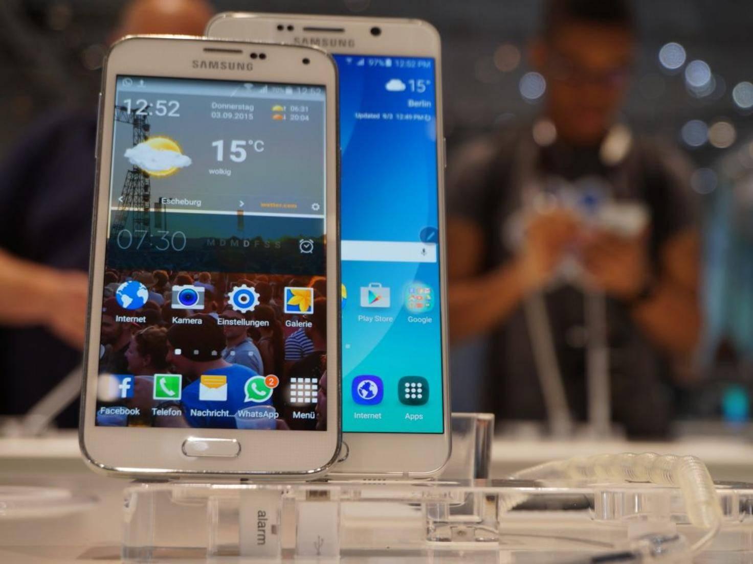 Samsung Galaxy Note 5 & Galaxy S5 3