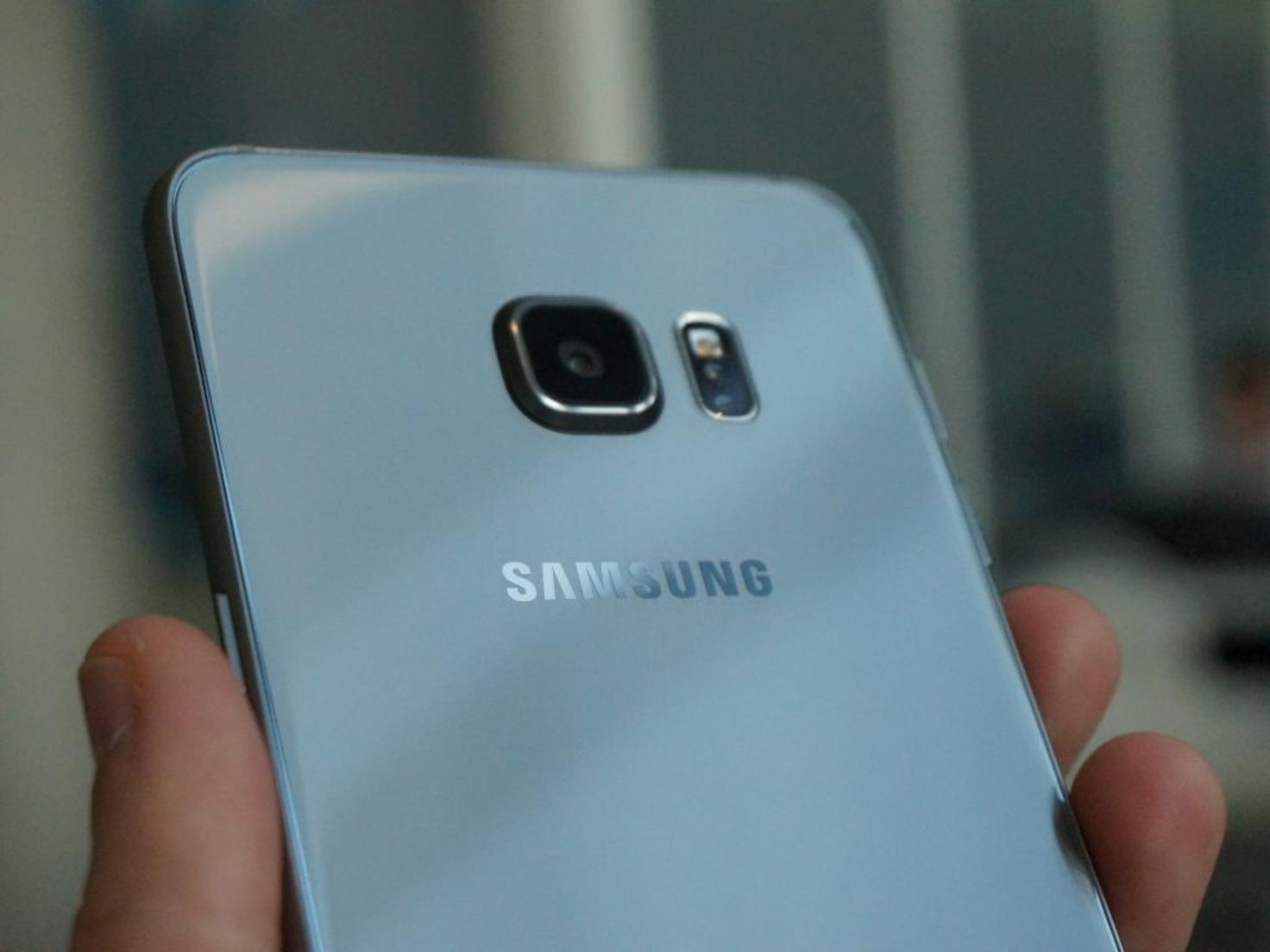 Samsung Galaxy S6 Edge+ 13