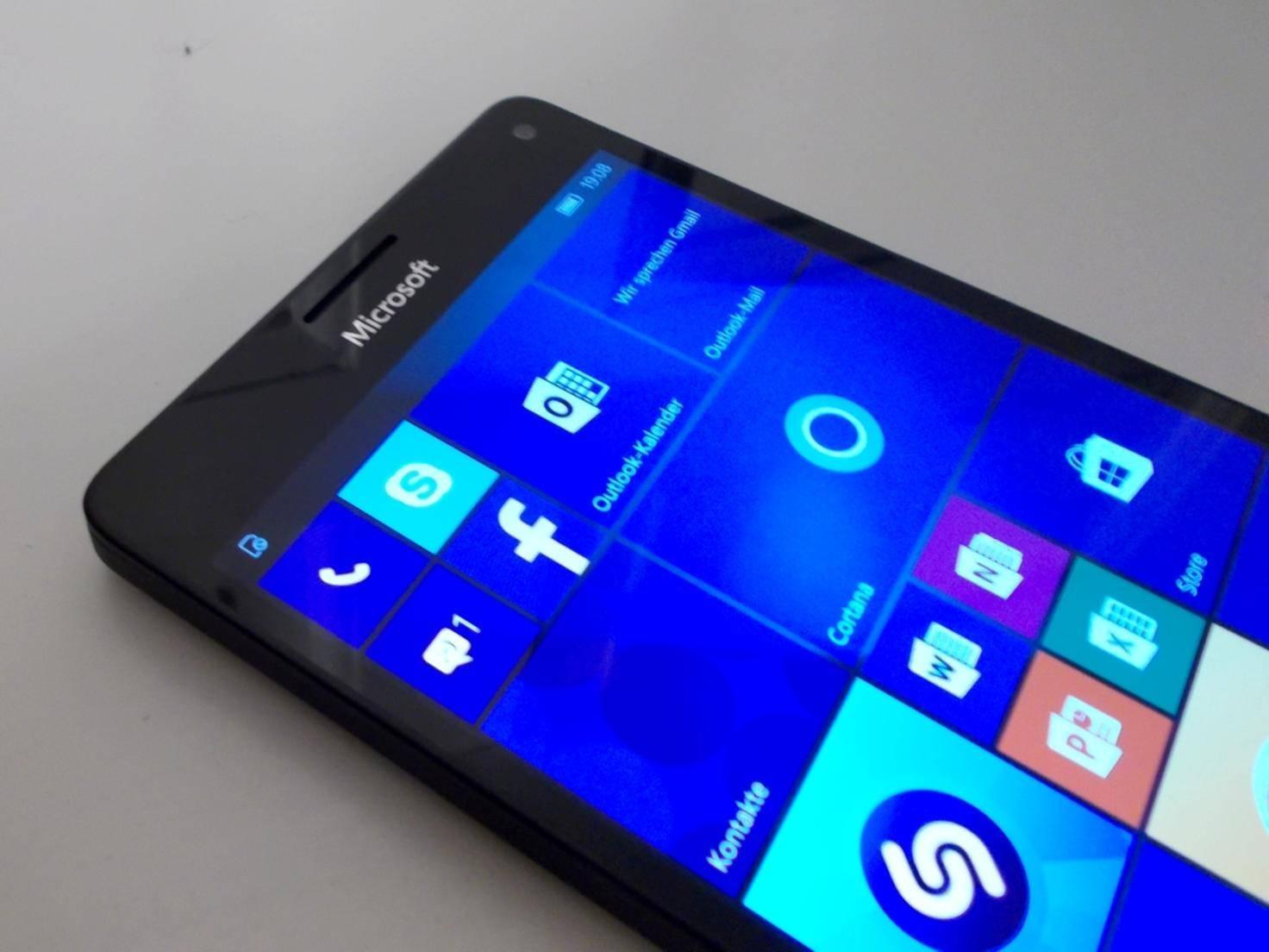 Microsoft_Lumia_950XL_HandsOn05