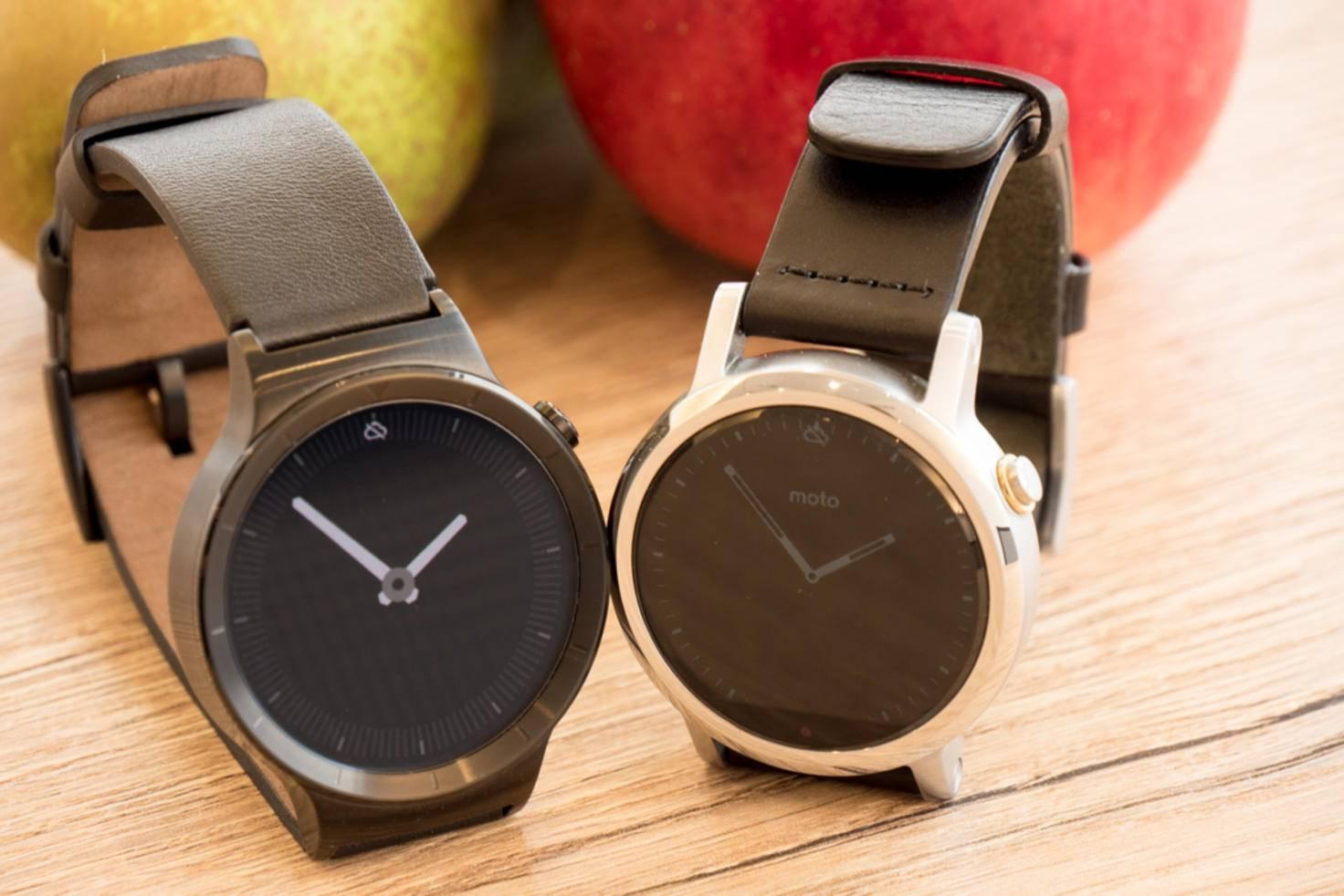 Allerdings bieten die beiden Android Wear-Modelle eine größere Auswahl an Apps.