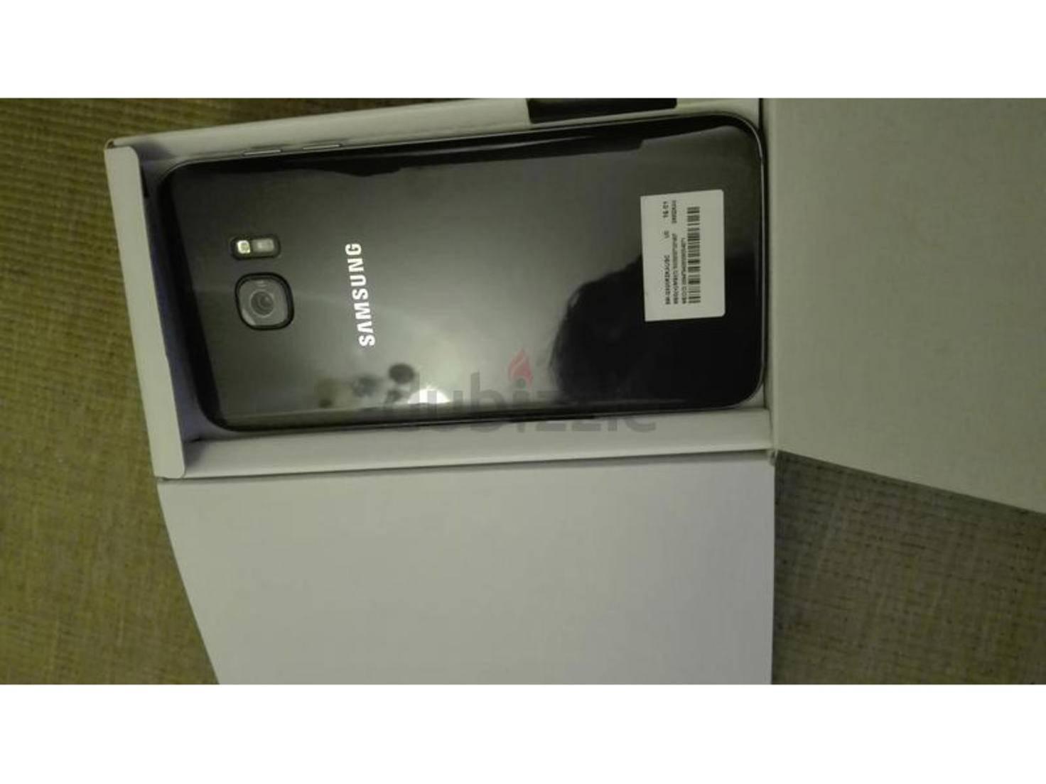 Das vermeintliche Galaxy S7 Edge.