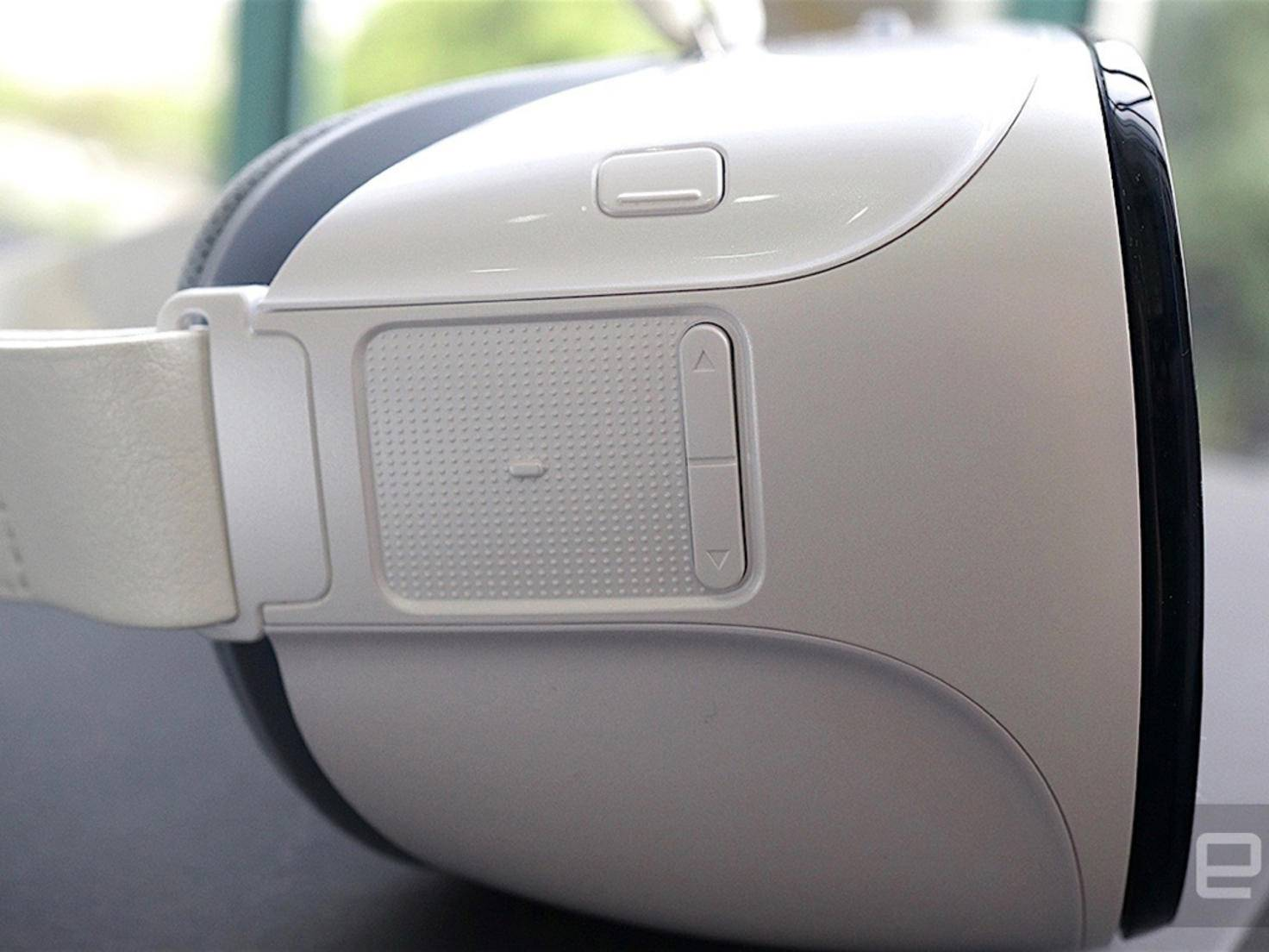 Die Huawei VR-Brille soll passend für P9, P9 Plus und Mate 8 angeboten werden.