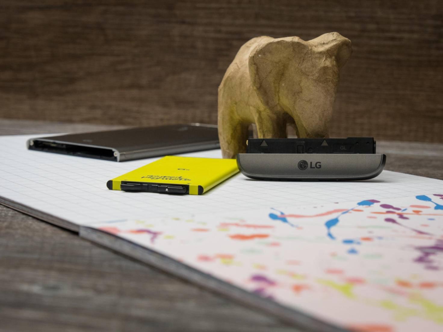 Das LG G5 zerlegt.