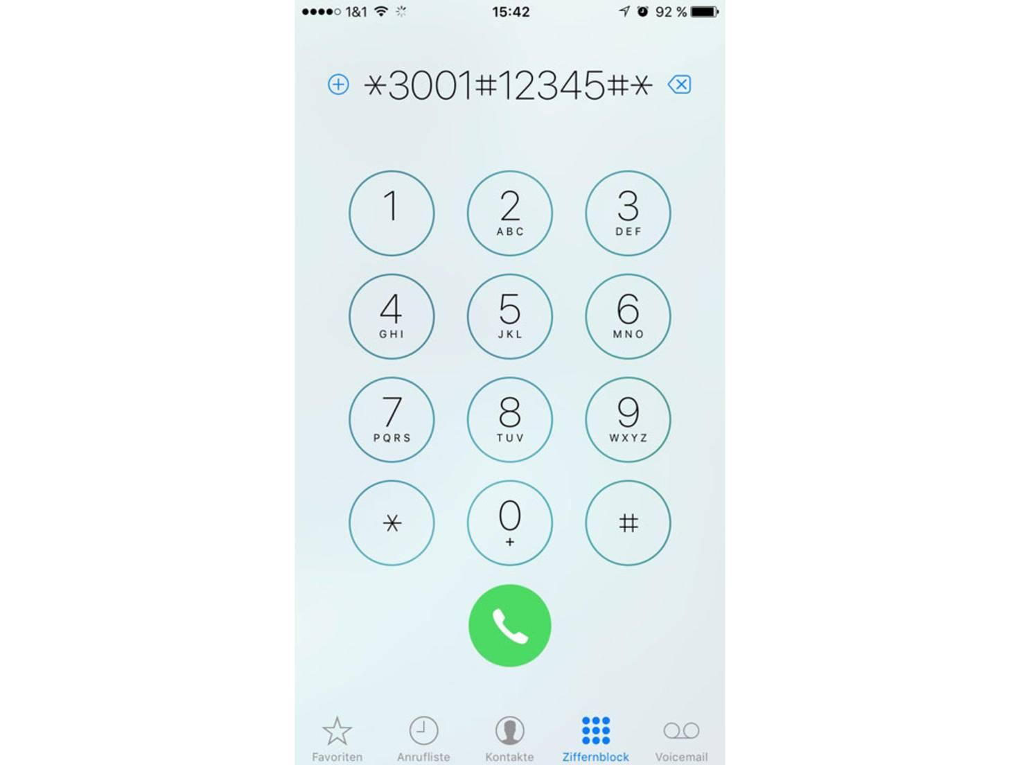 In der Telefon-App muss folgender GSM-Code eingegeben werden.
