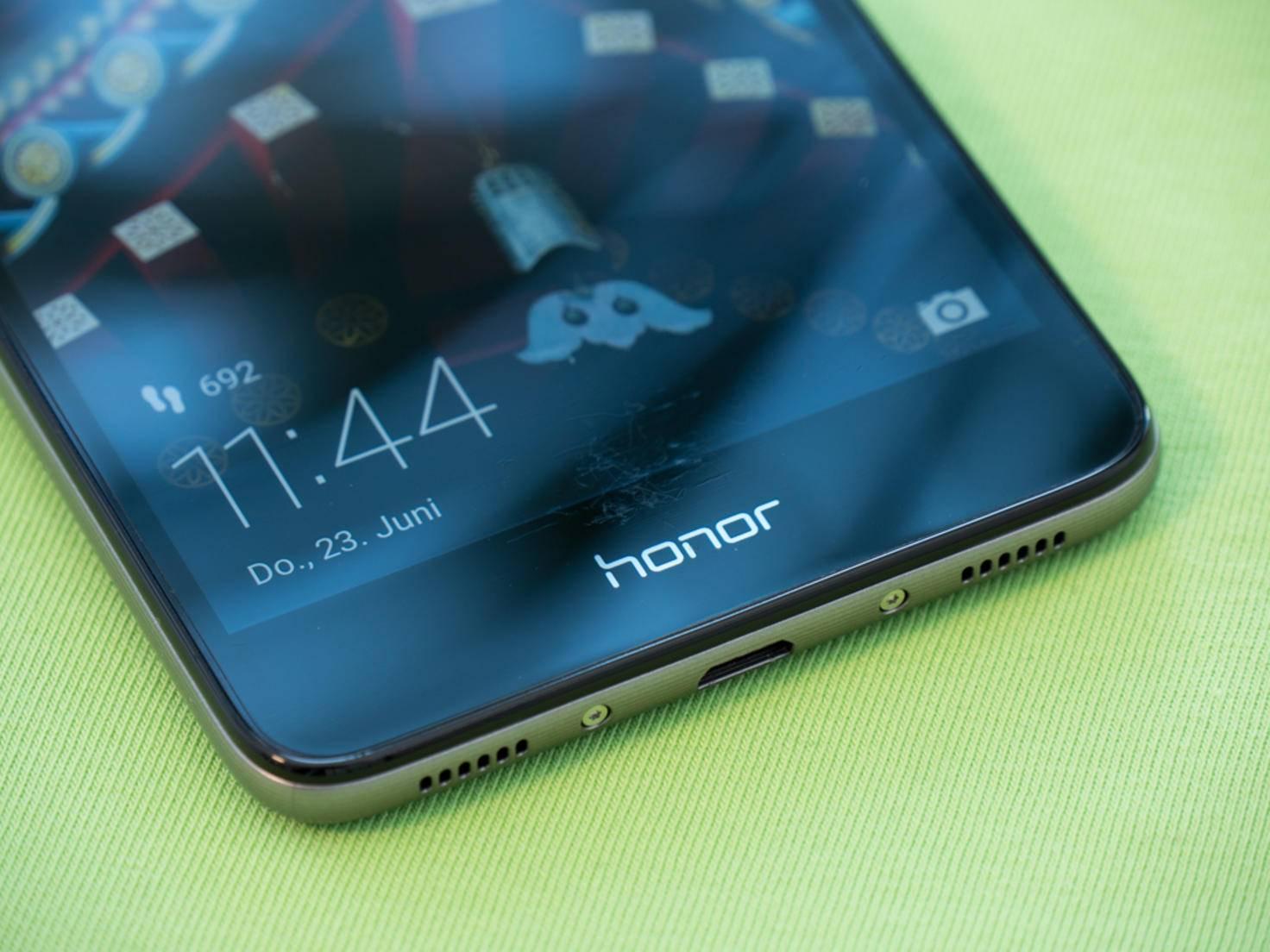 Ausgeliefert wird das Honor 5C mit Android 6.0...