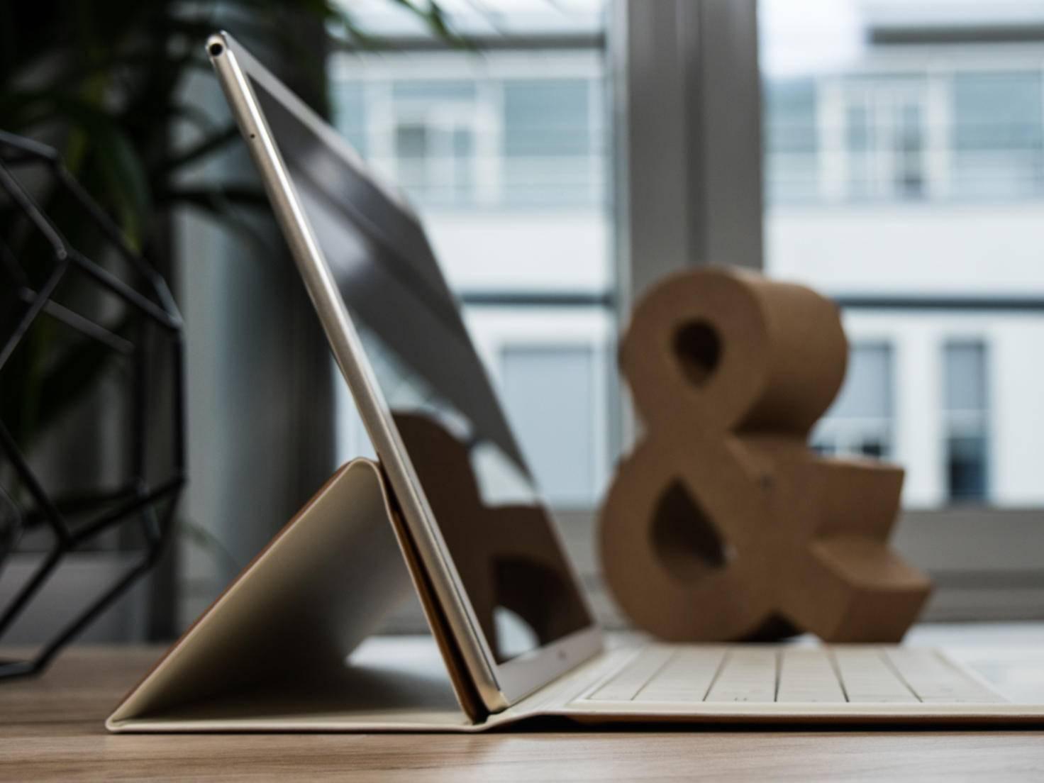 In Position 1 hält das MateBook einigermaßen.