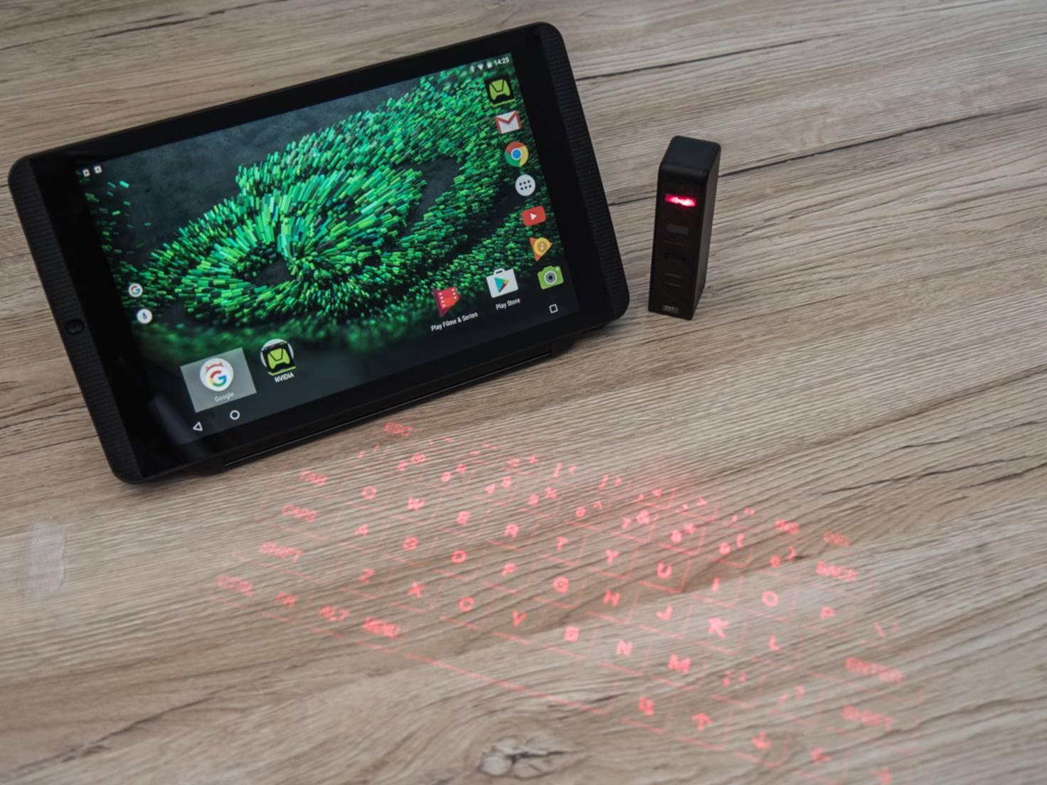 Das Laser Projection Keyboard simuliert eine echte Tastatur.