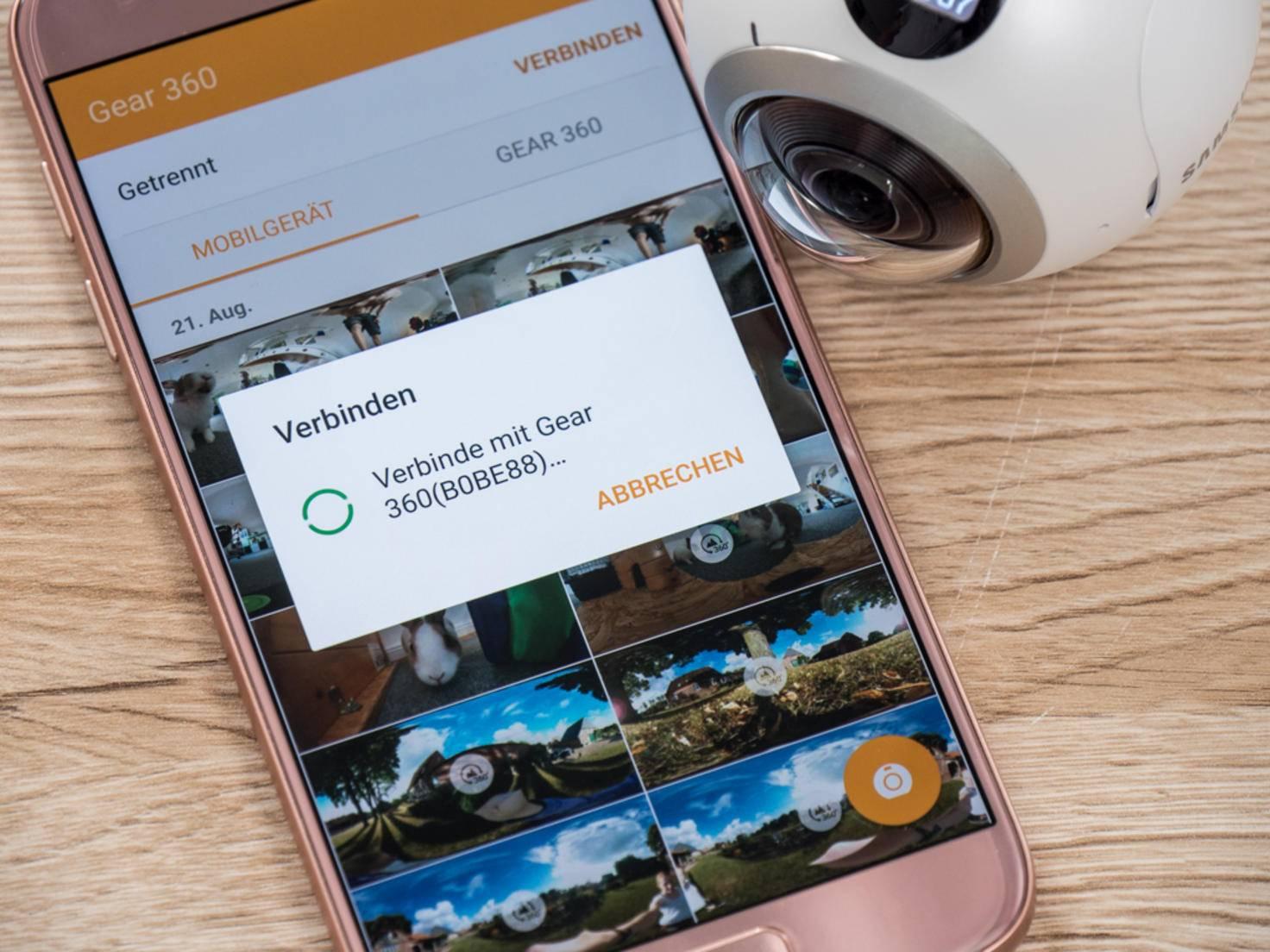 Gear 360 und Galaxy-Handy kommunizieren via App.