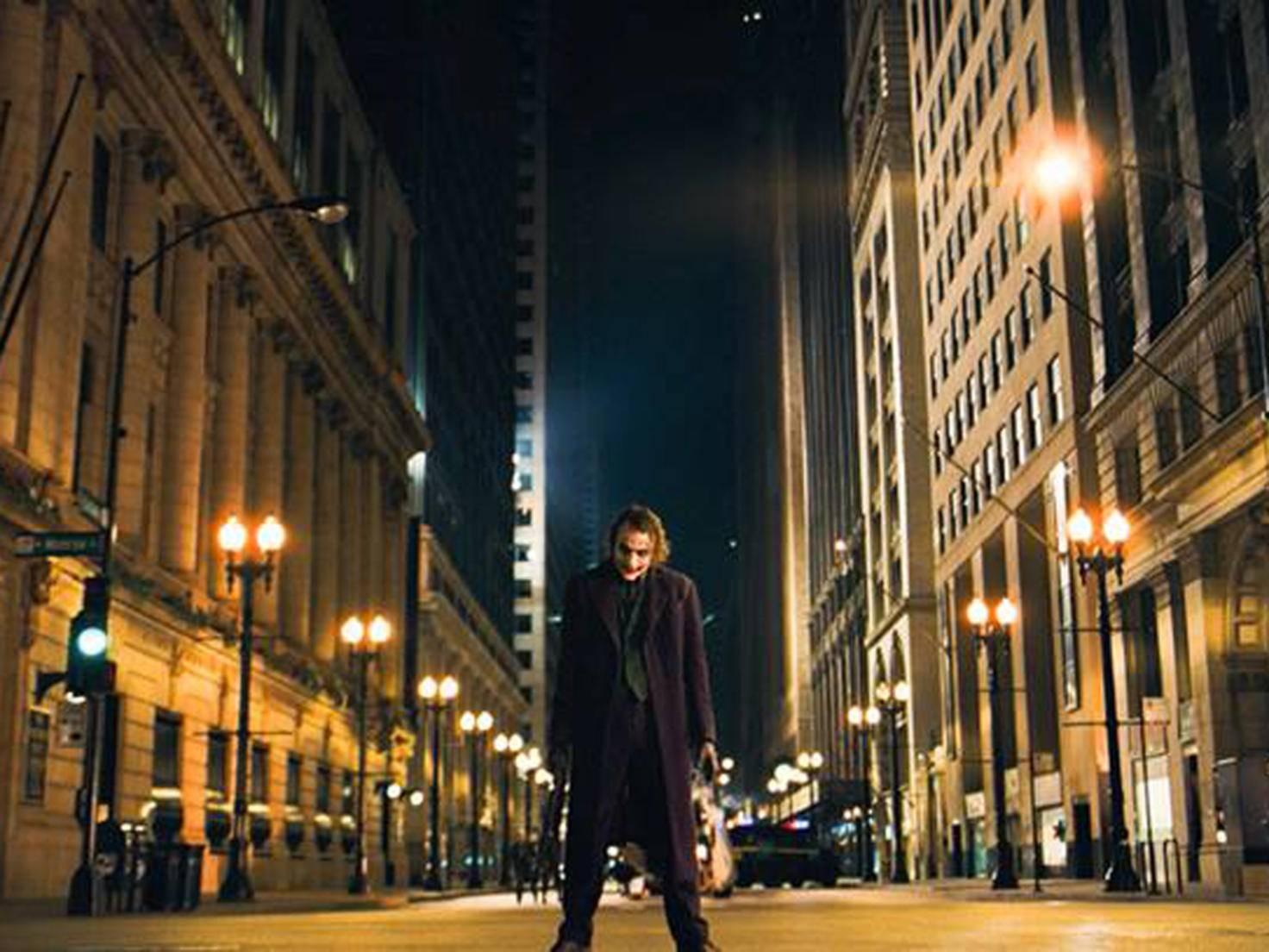 The Dark Knight_Facebook_darkknight_2