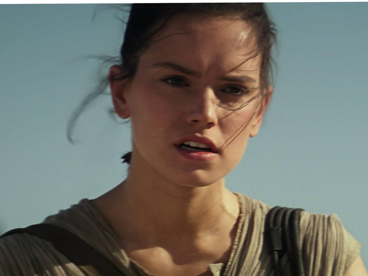 Rey kämpft im Star-Wars-Reboot an der Seite der alten Garde.
