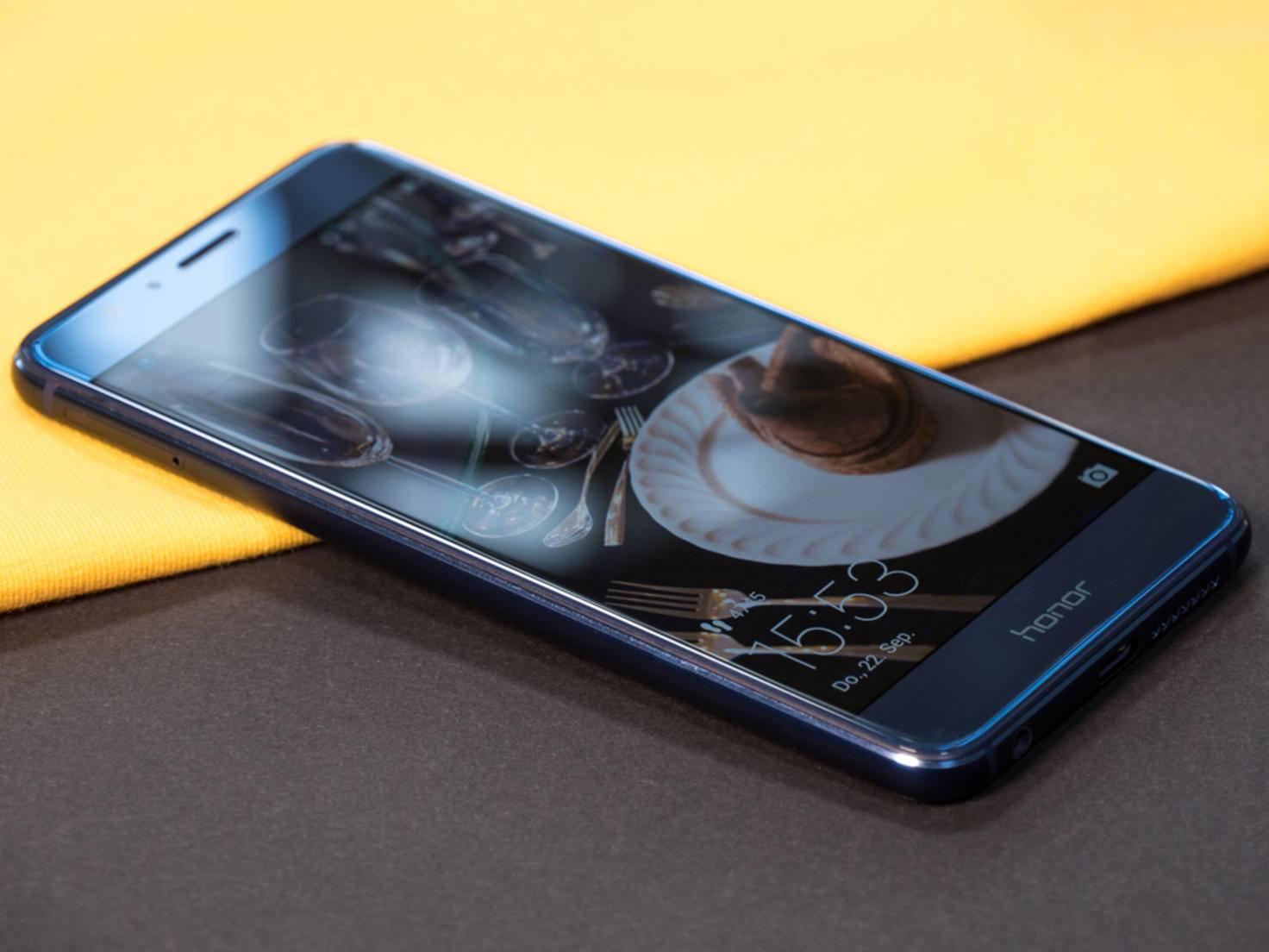 An Referenz-Smartphones kommt der Screen aber nicht heran.