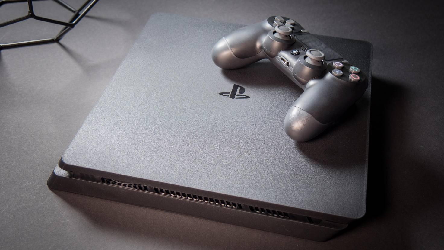 PlayStation 4 Slim PS4 Slim