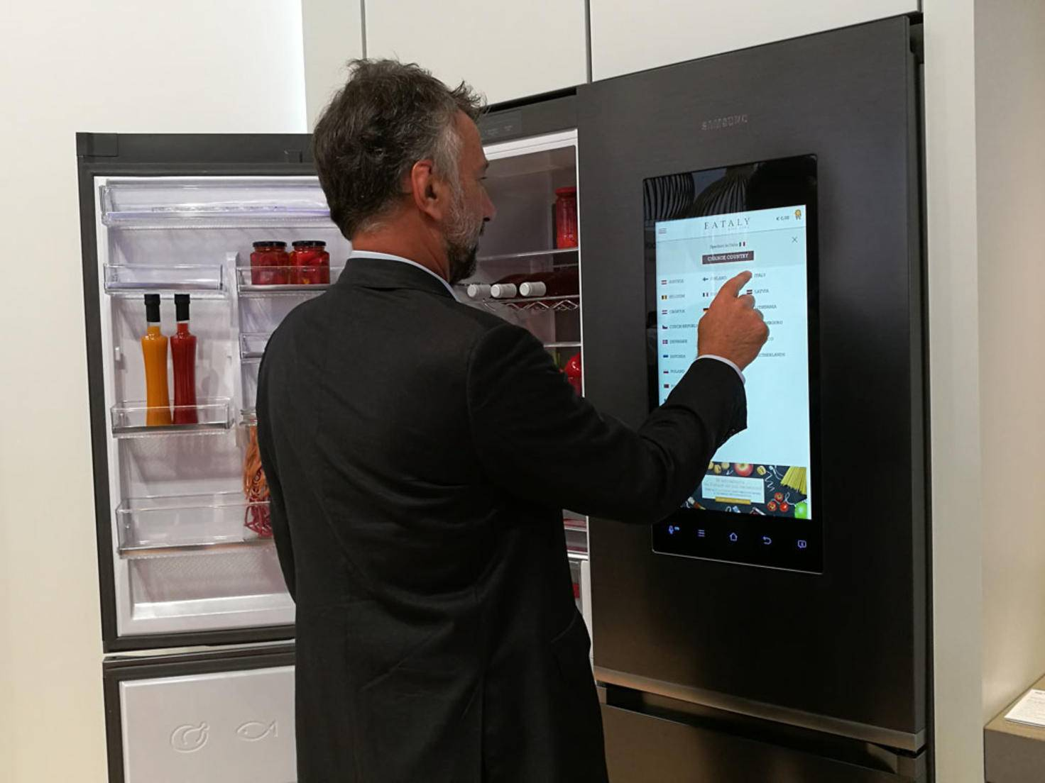 Samsung Kühlschrank IFA 2016 2.jpg
