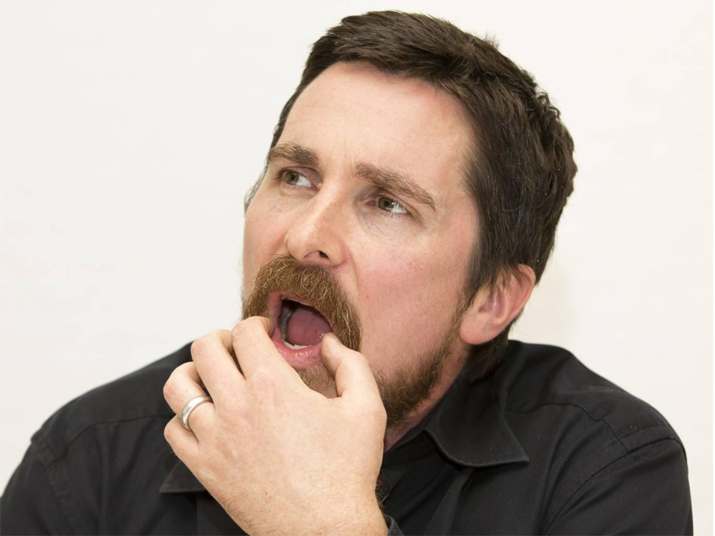 Christian Bale lässt sich nicht gerne beim Essen stören.