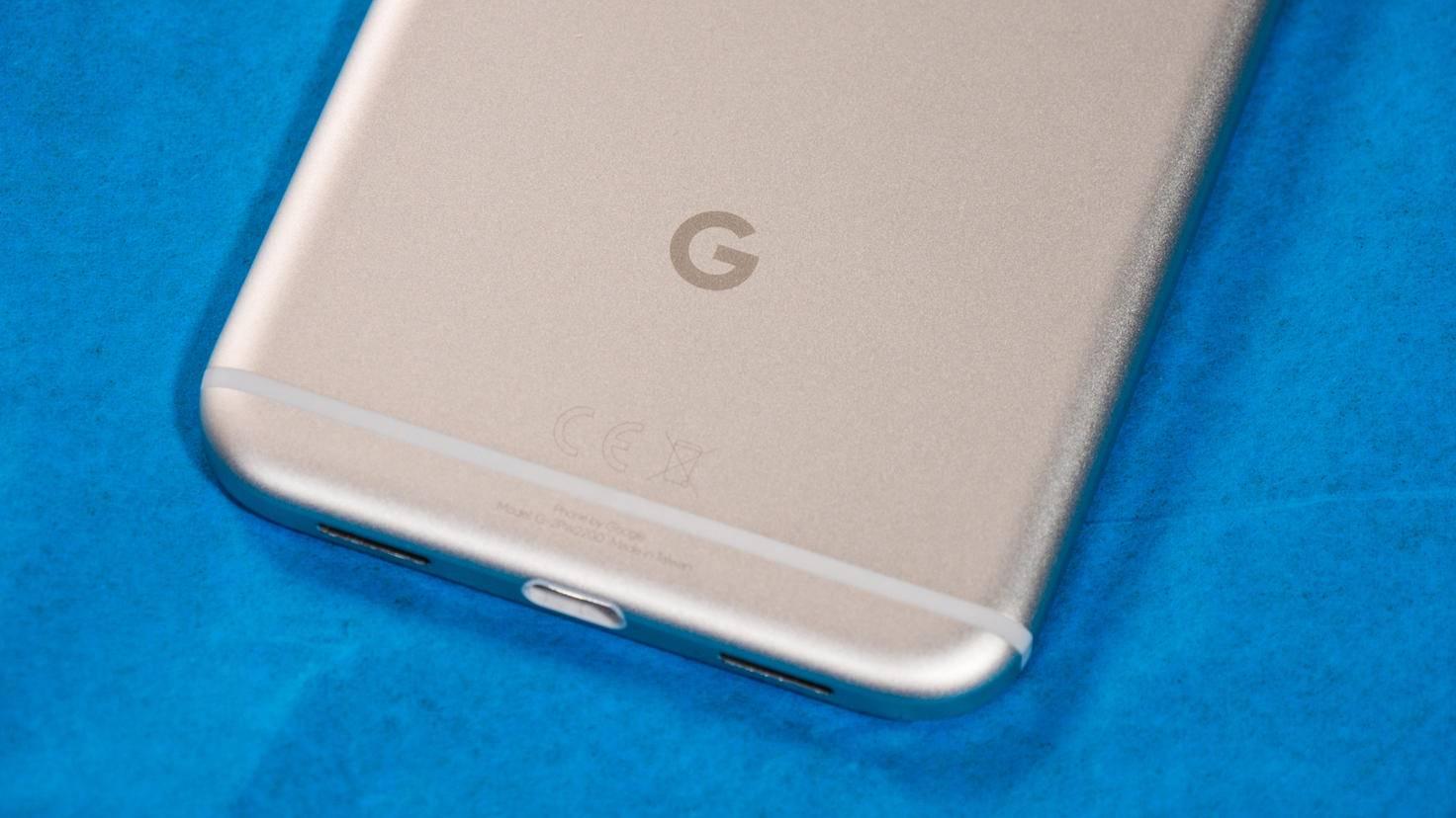 Auf der Rückseite prangt allerdings das Google-Logo.