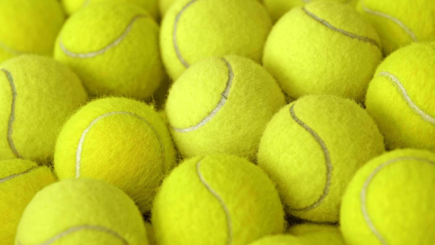 Tennisball-leisuretime70-AdobeStock_94972511