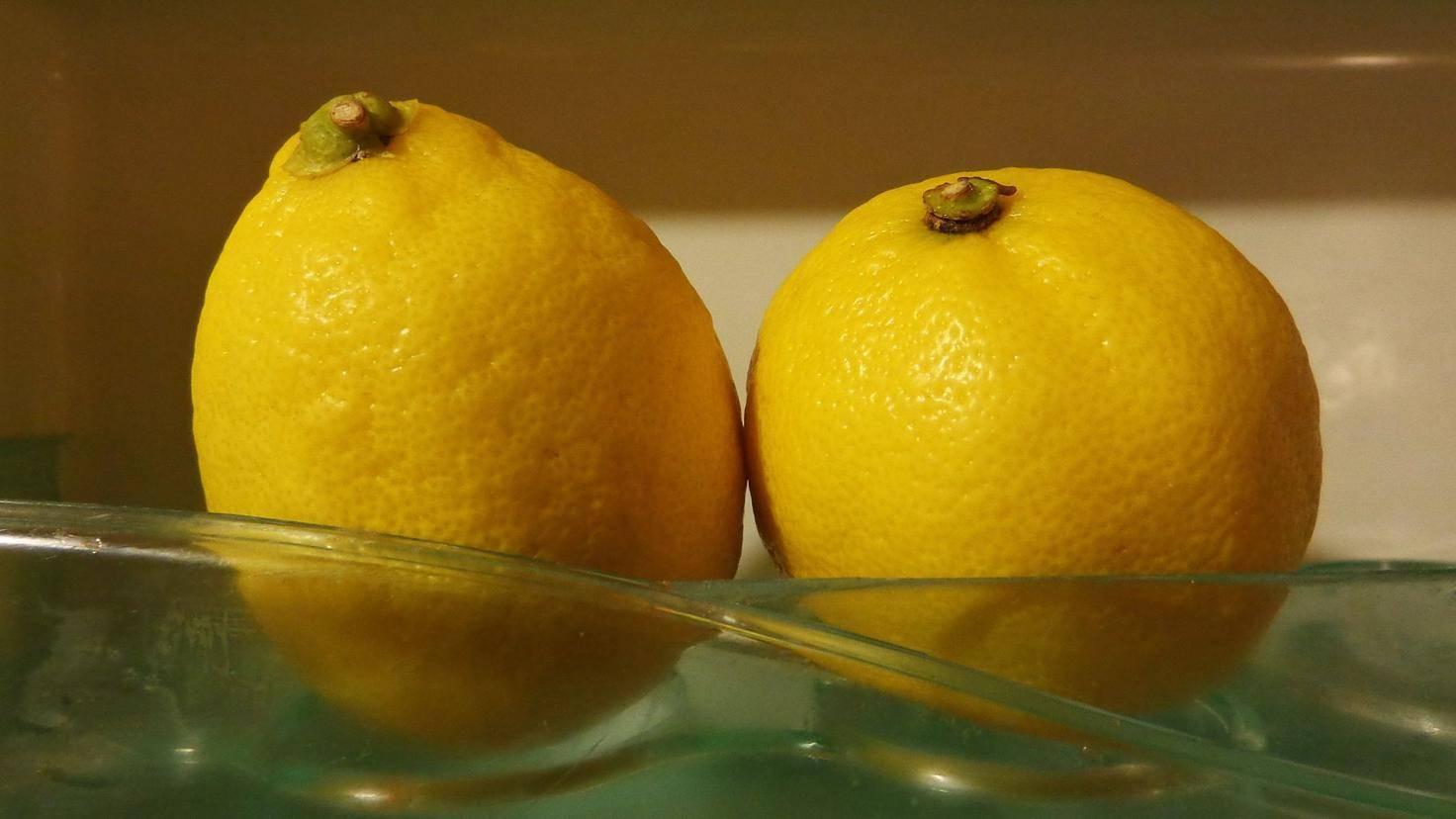 Zitronen haben nichts im Kühlschrank verloren.