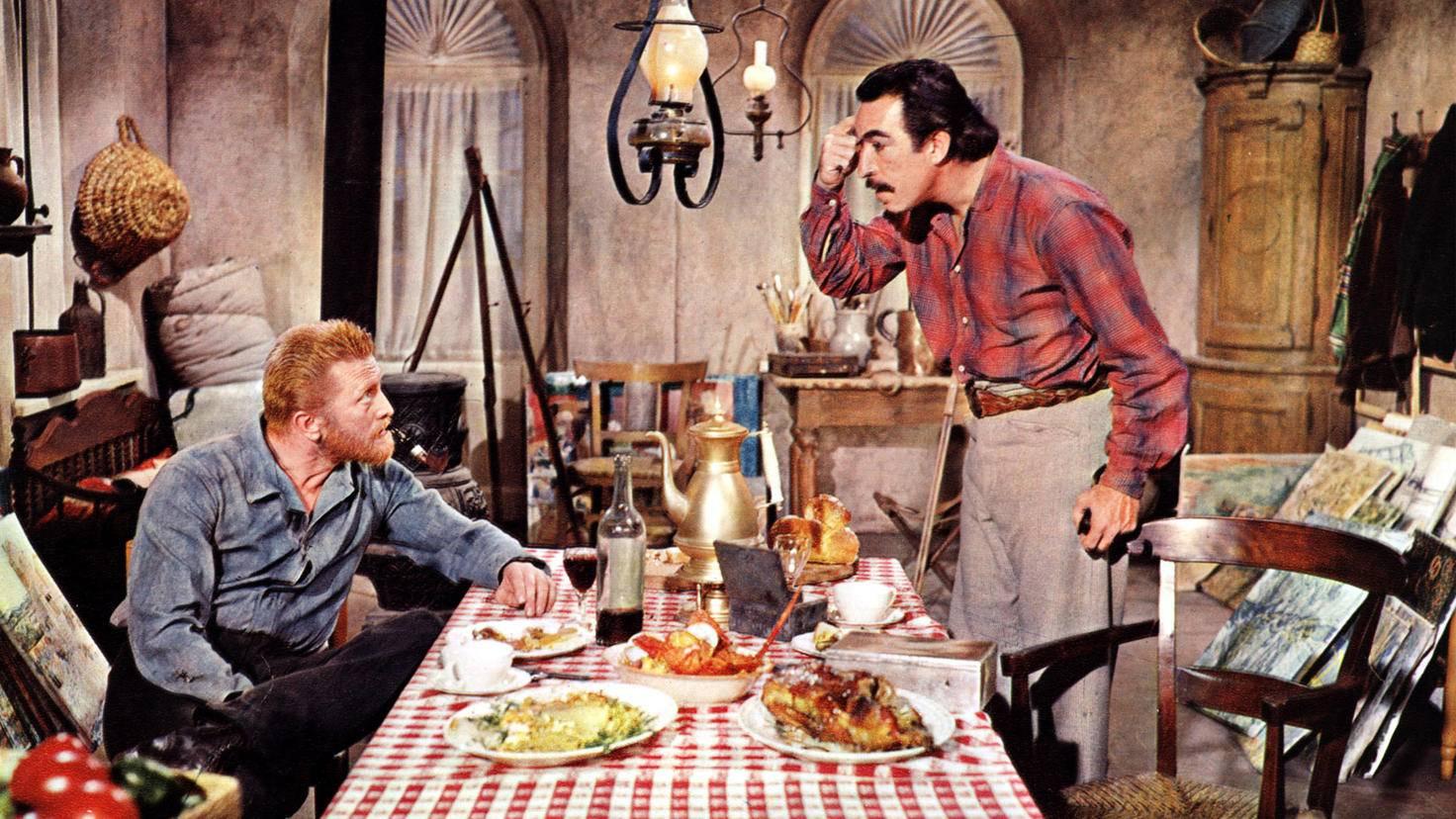 Anthony Quinn (r.) spielte den Künstler Paul Gauguin, einen guten Freund von Vincent van Gogh (Kirk Douglas, l.)