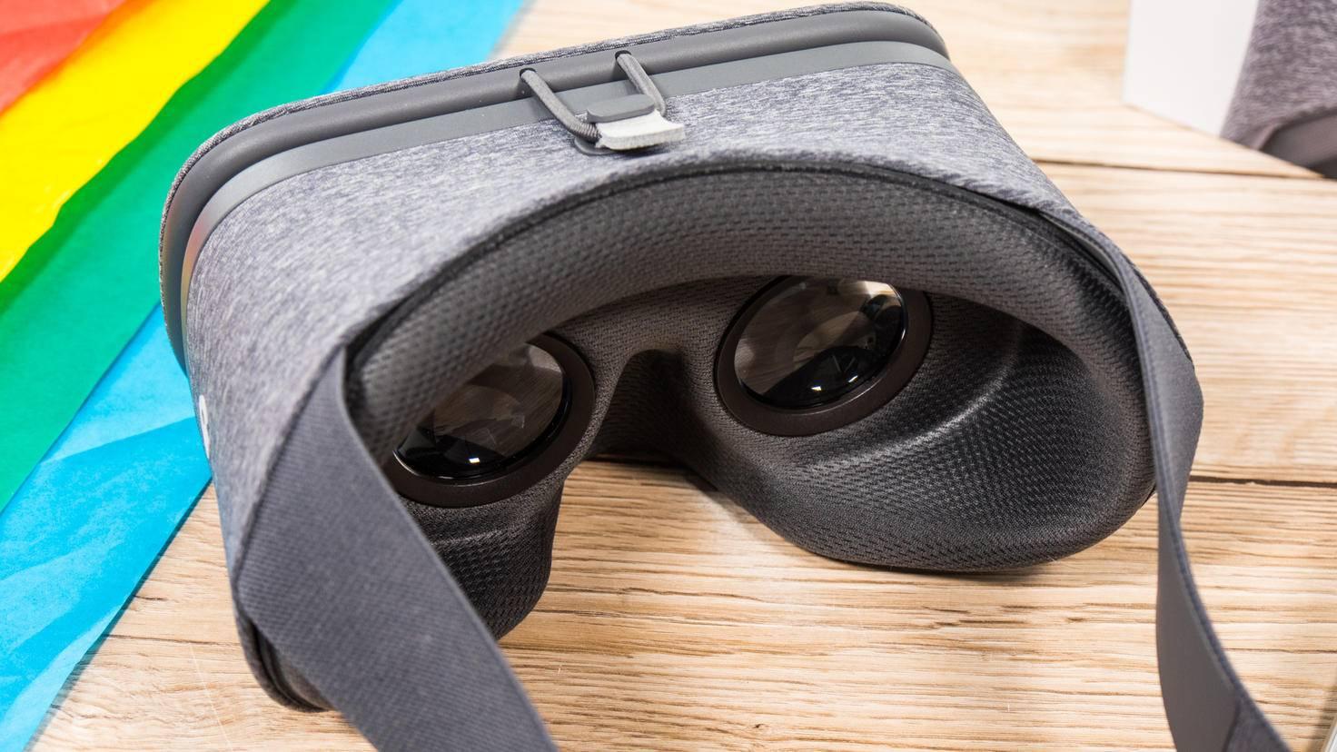 Die Daydream-Brille hebt sich durch ihren Stoffbezug von der Konkurrenz ab.