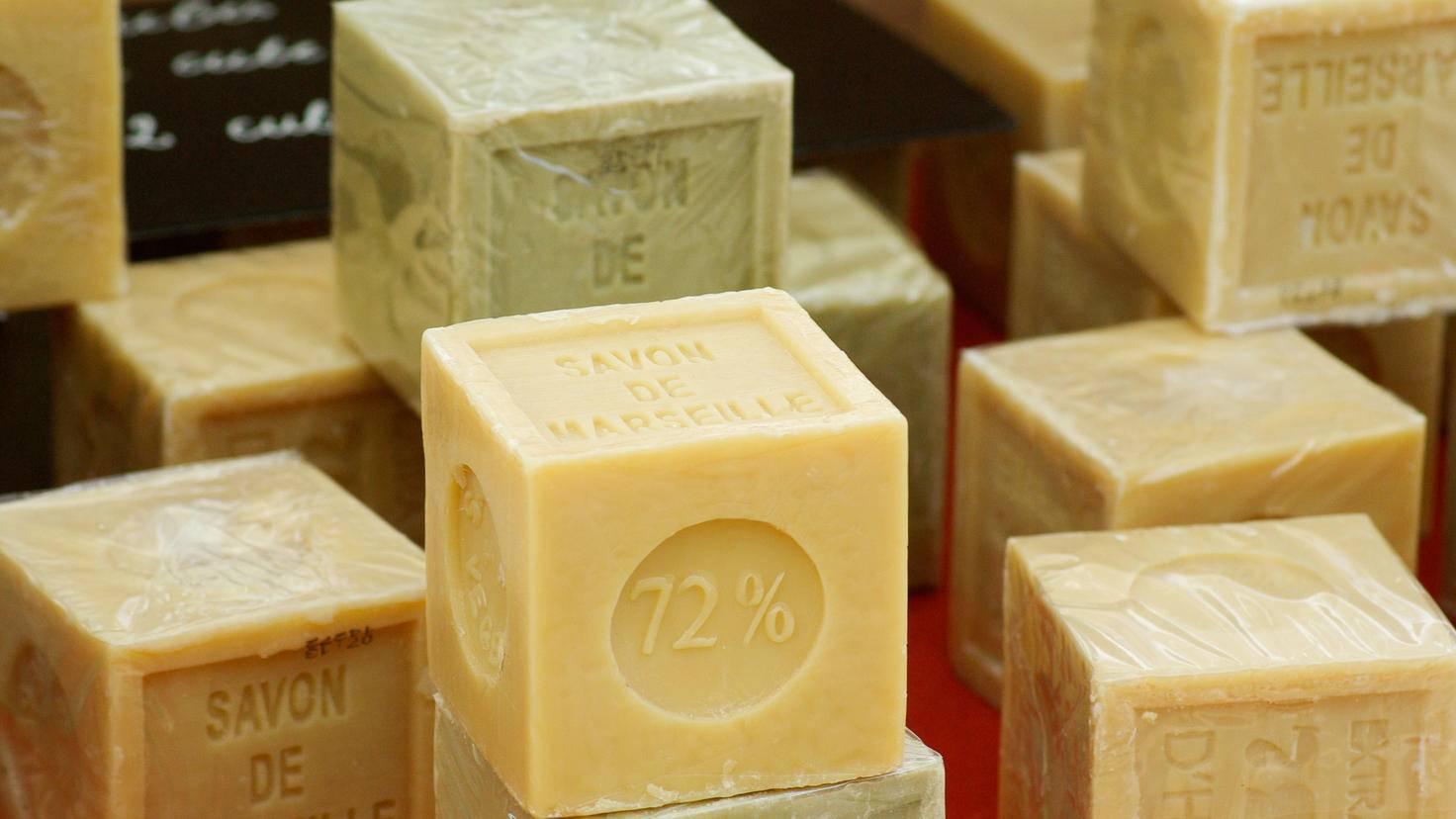 Seife am Stück ist oft sogar noch besser für die Haut als gängiges Duschgel.