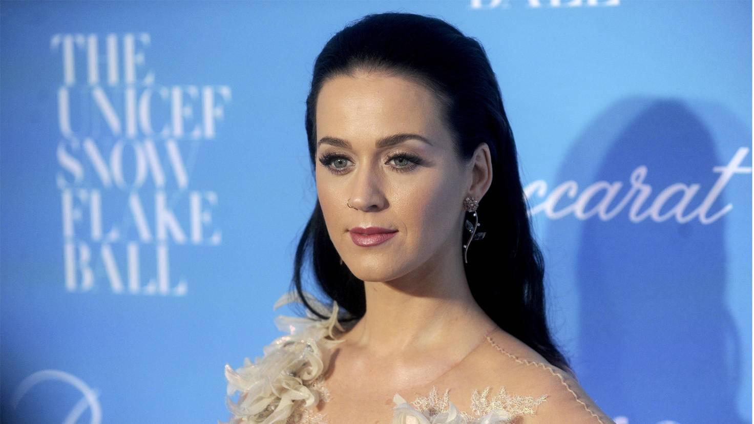 Versteckt die Nelken, Katy Perry ist auf Tour!