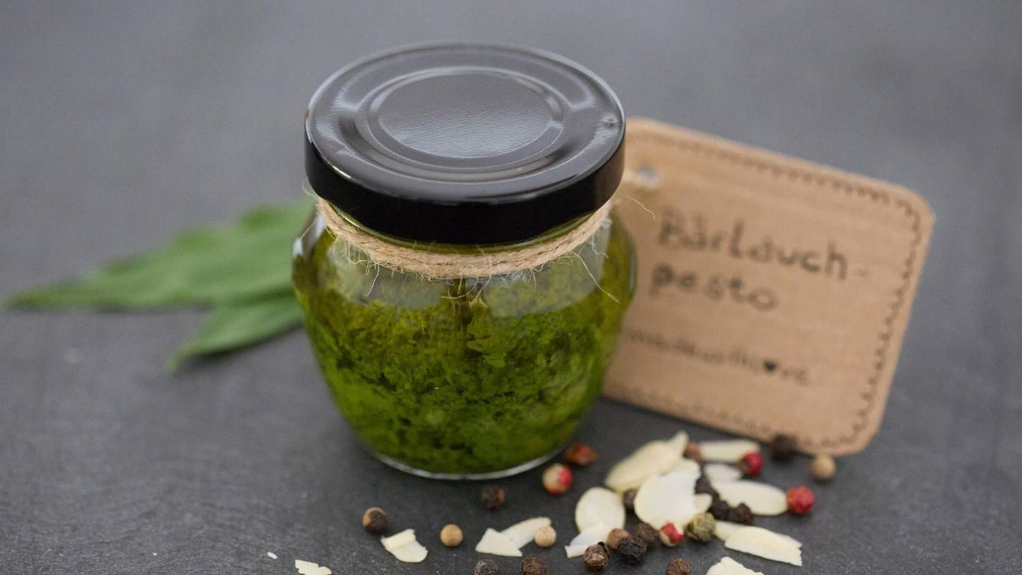 Pesto ist mit dem Stabmixer schnell gemacht.