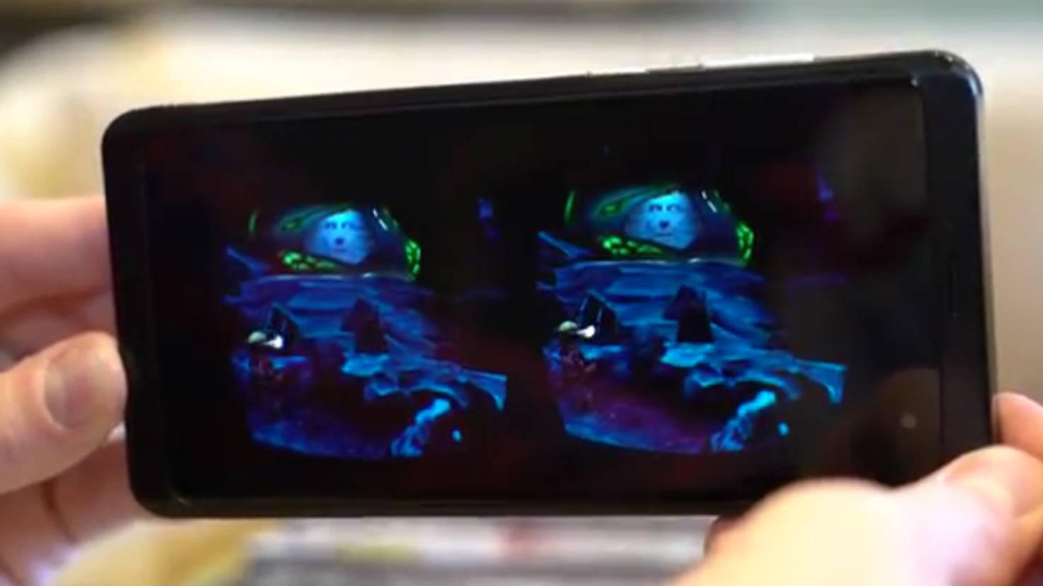 Ein bei Reddit aufgetauchtes Foto zeigt Zordon als blaue Hologrammprojektion in einer Alien-Höhle.