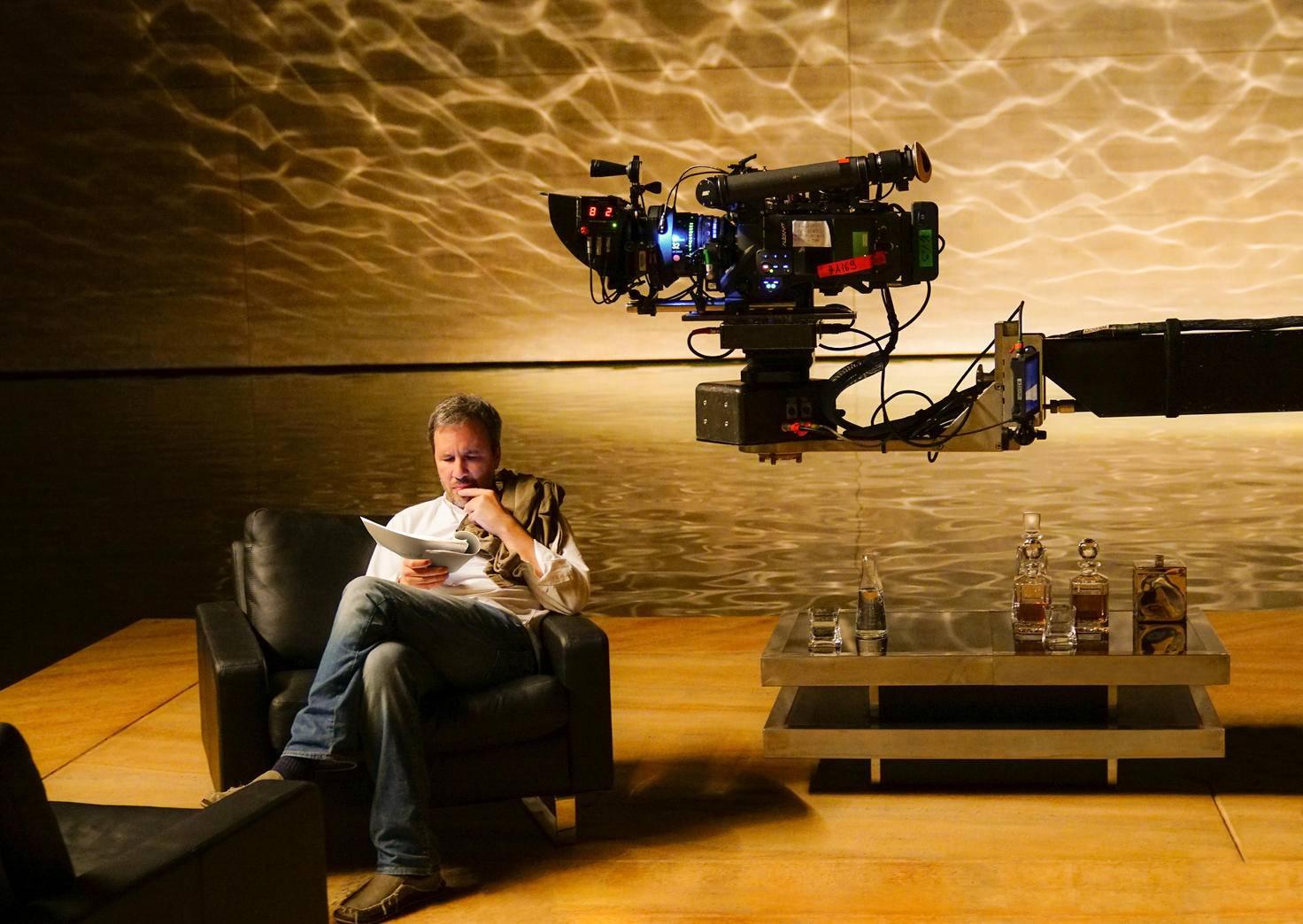 "Regisseur Denis Villeneuve am Set zu ""Blade Runner 2049""."