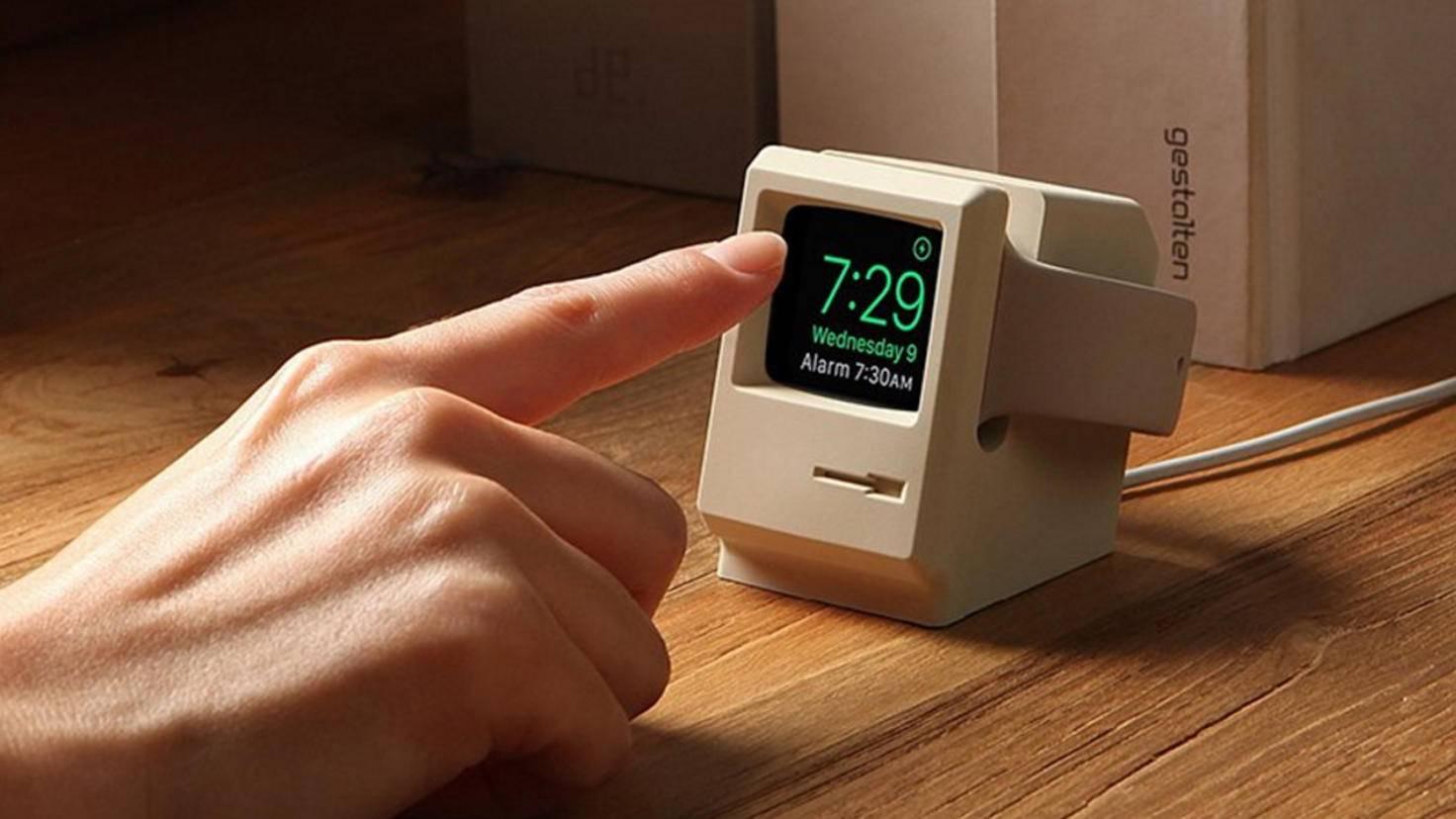 Und selbst in ein klassisches Macintosh-Gehäuse kannst Du die Apple Watch stecken.