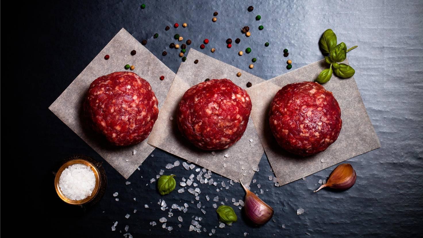 Aus Rinderfilet gemacht sind Burger-Patties besonders schmackhaft.