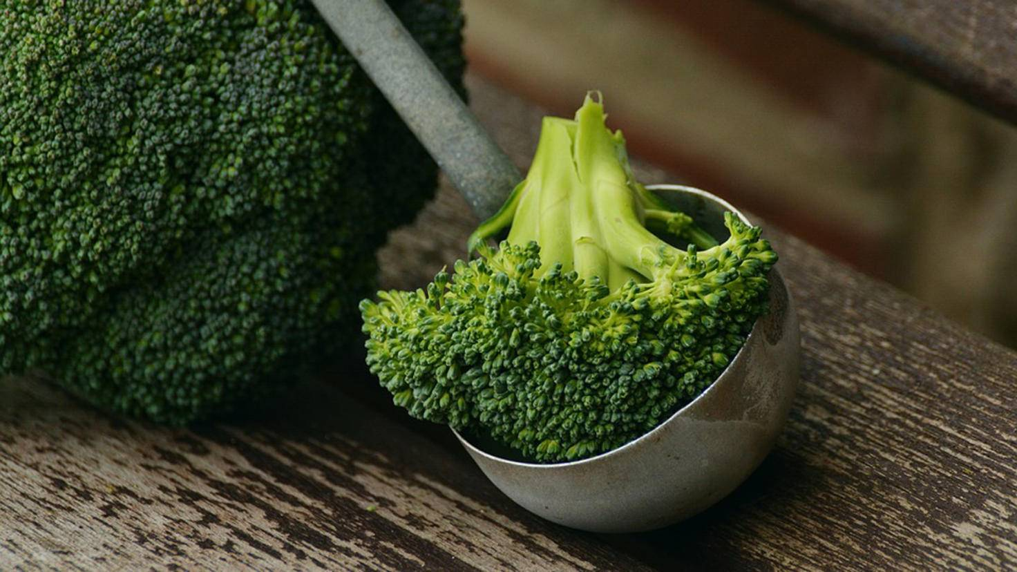 Grünes Superfood: Brokkoli ist reich an Vitaminen und Mineralstoffen.