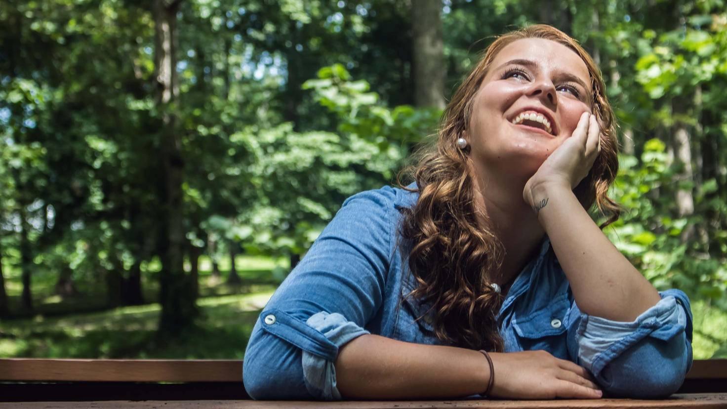 Ein Lächeln wirkt sich positiv auf den Körper aus.