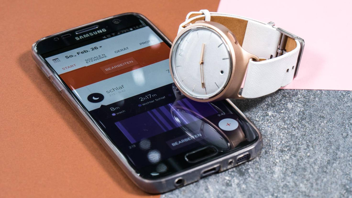 Dort kannst Du auch den Smart Button der Uhr mit Wunschfunktionen belegen.