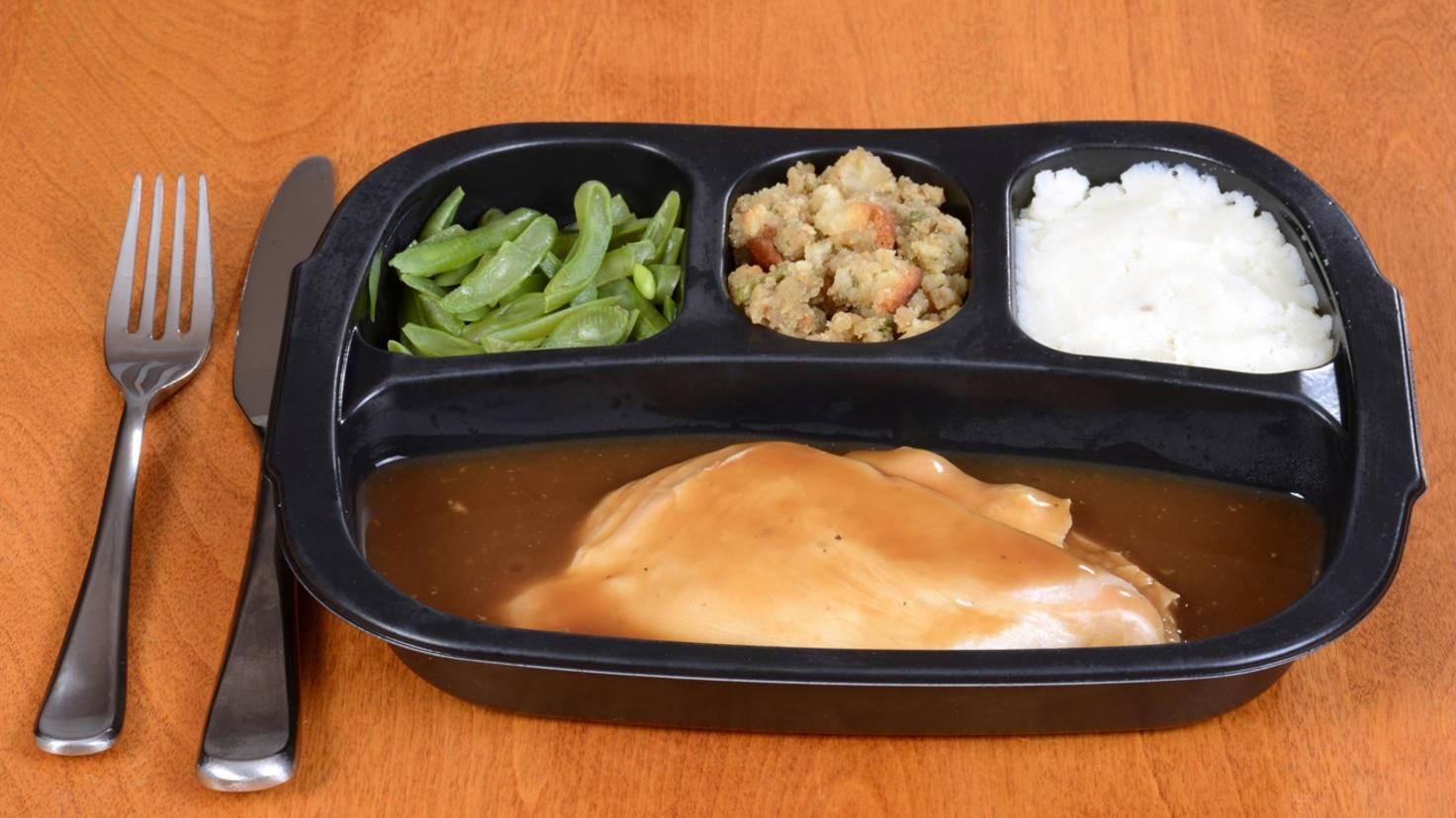 Sieht nicht lecker aus und schmeckt auch so: Fertiggerichte ersetzt Du am besten komplett durch gesünderes Essen.