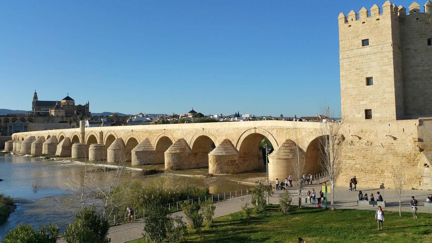Das ist doch... nicht Volantis, sondern die spanische Stadt Córdoba, die für den Stadtstaat zum Drehort wurde.
